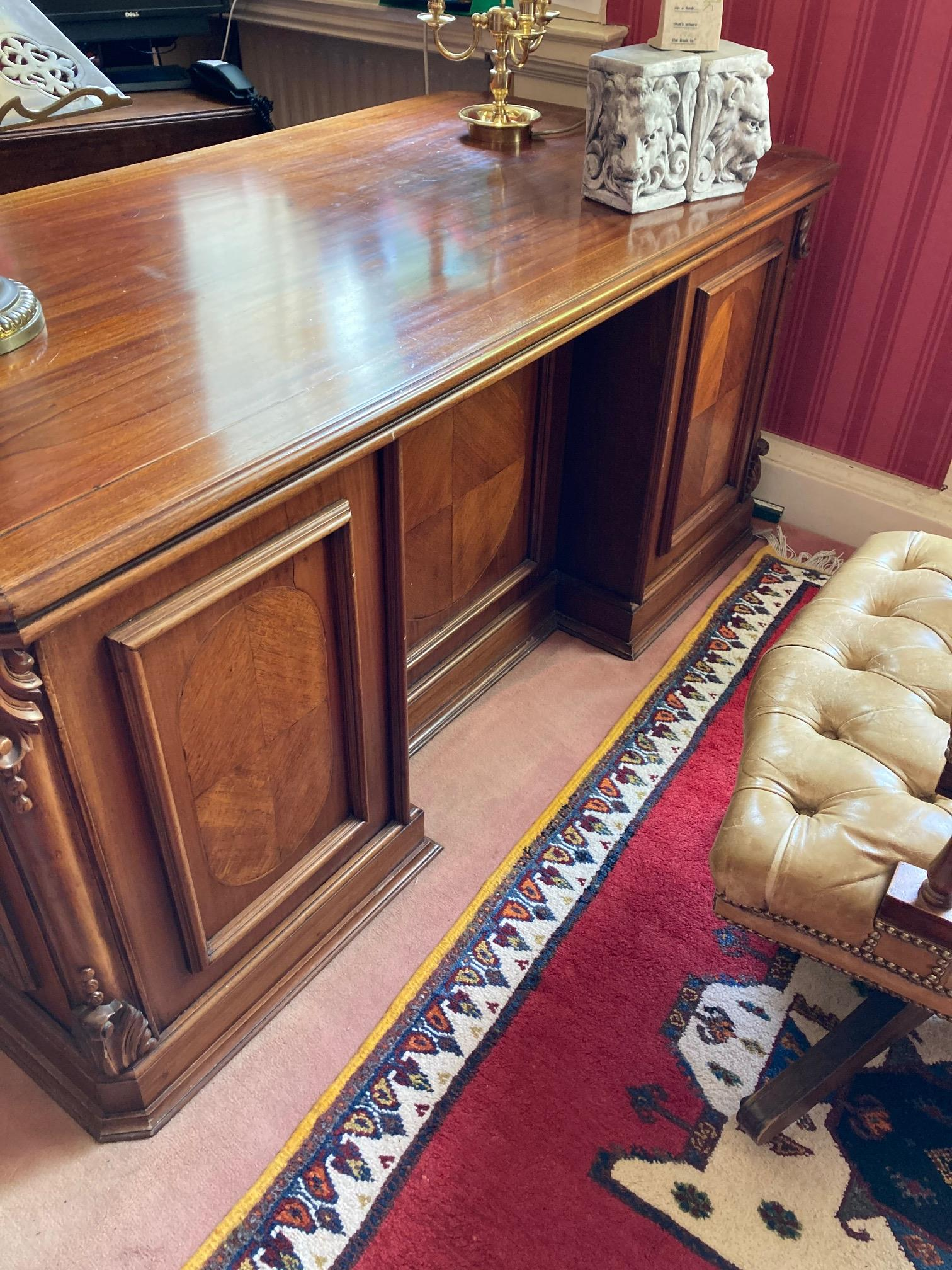 A good Georgian style mahogany kneehole pedestal Desk, the rectangular top with canted corners and - Image 4 of 5