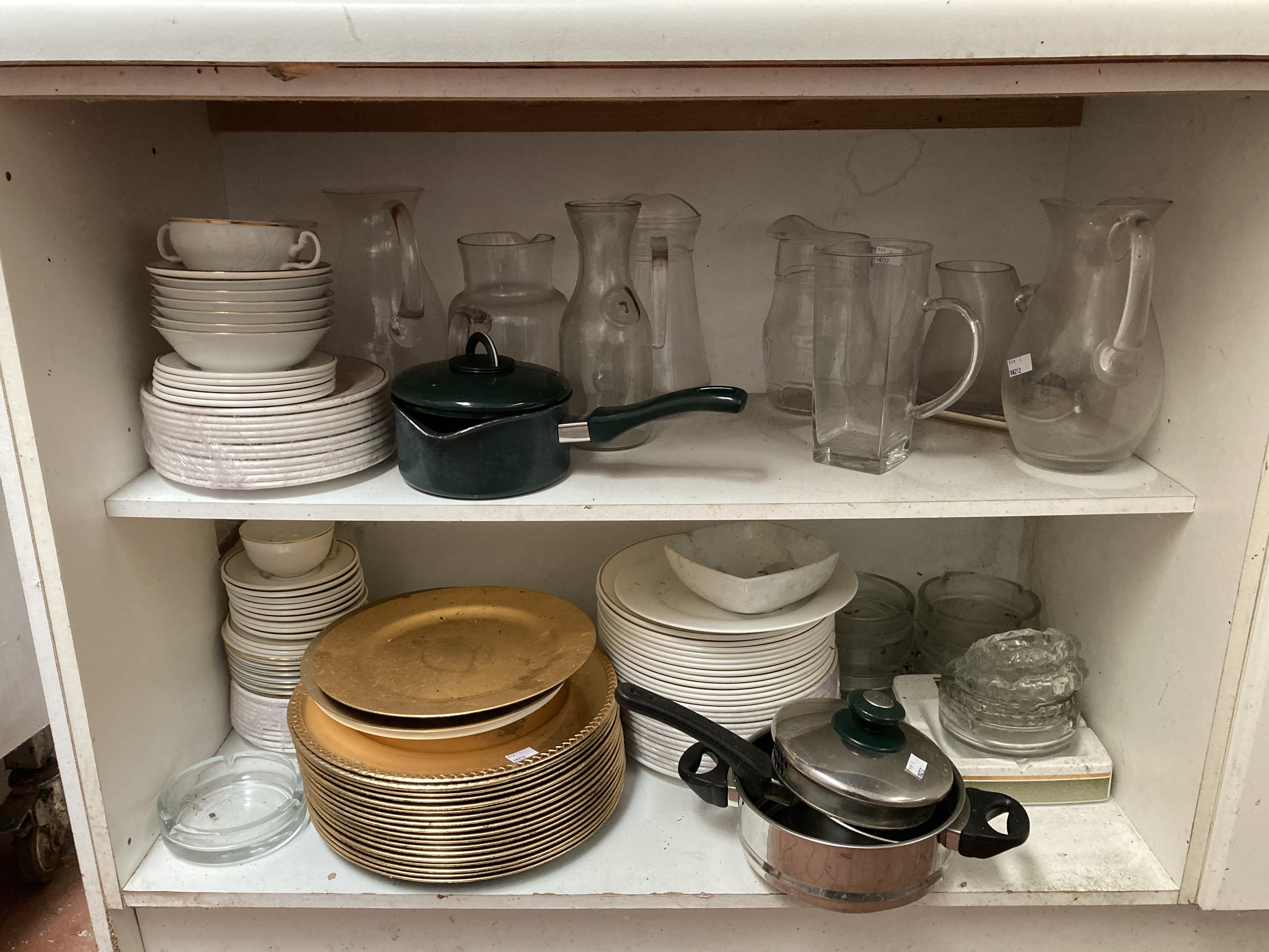 A very large quantity of white Restaurant Crockery, dinner plates, soup bowls, side plates, cups, - Image 3 of 4