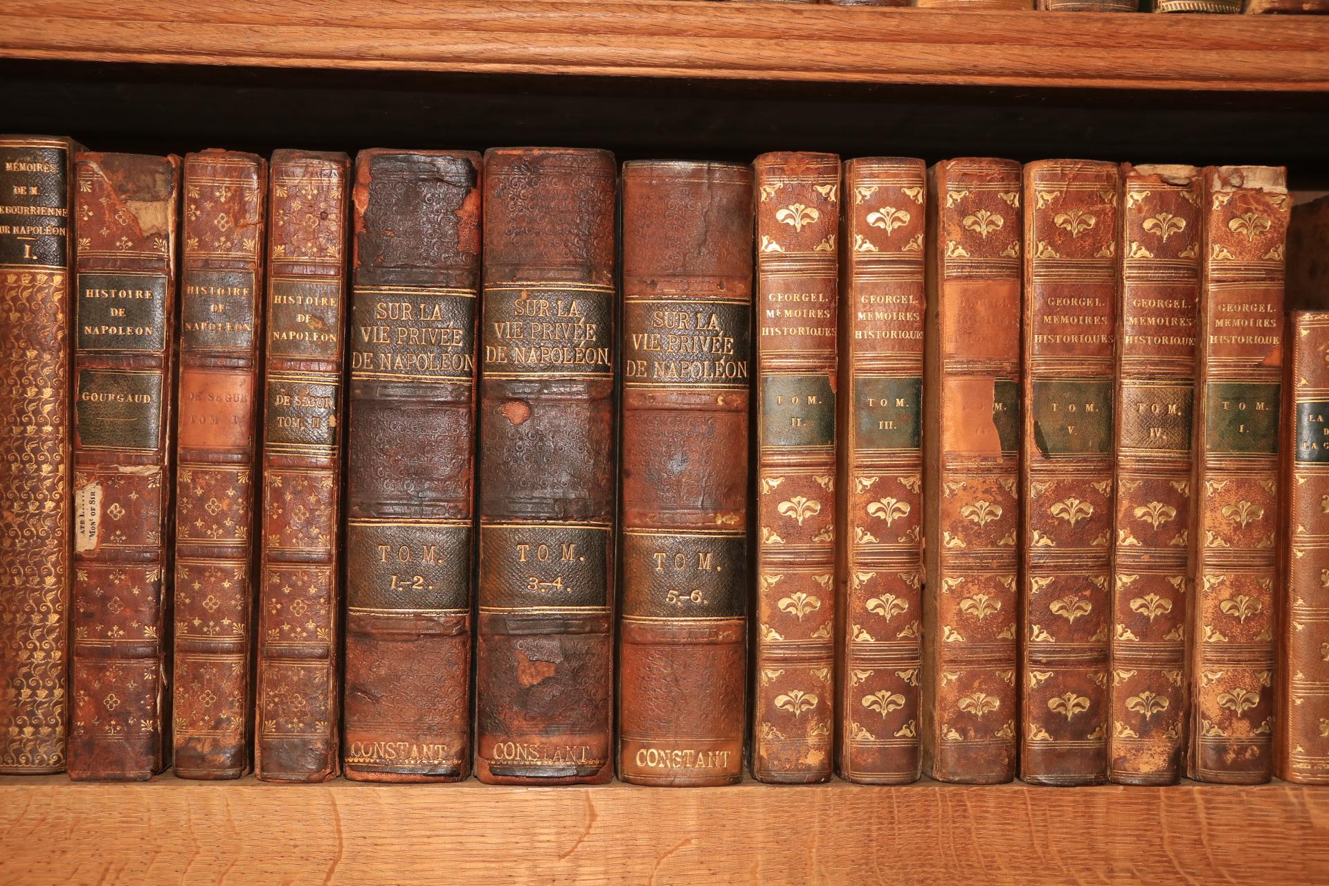 French Literature:ÿ [Mouchet]ÿDictionaire contenant les Anecdotes Historiques de L'Amour, depuis - Image 3 of 4