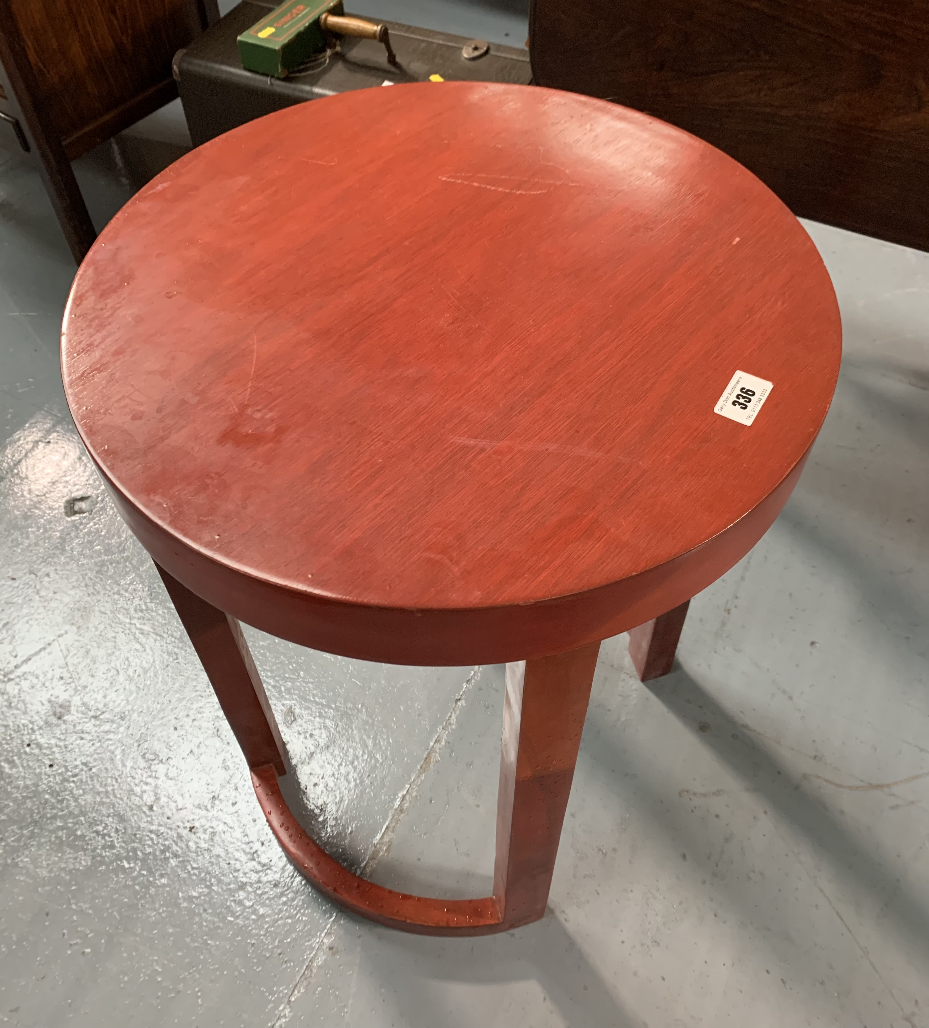"""Modern round occasional table, 18"""" diameter, 24"""" high - Image 4 of 4"""