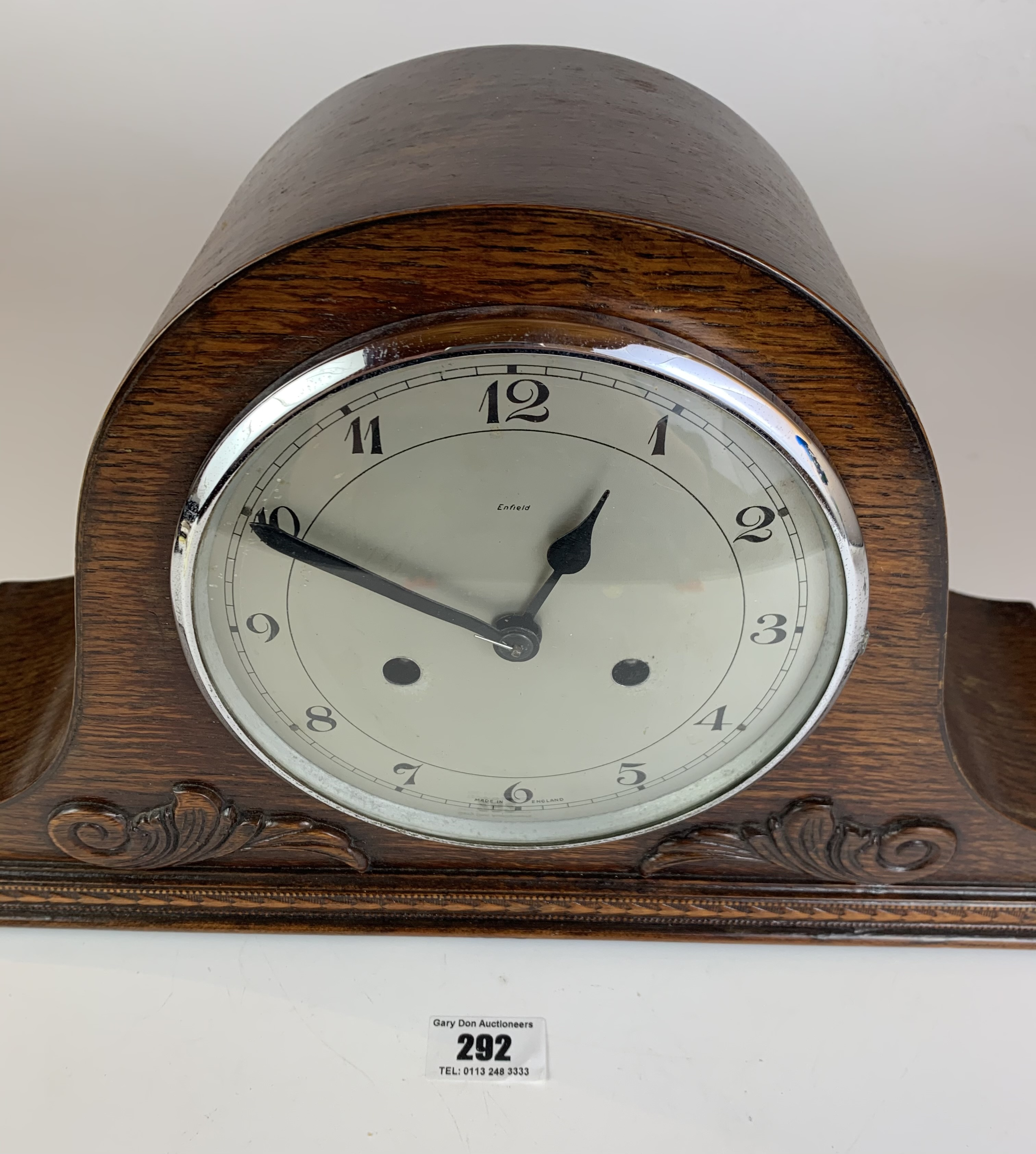 """Oak 2 hole mantle clock, 9"""" high, 16"""" wide. Working - Image 2 of 5"""