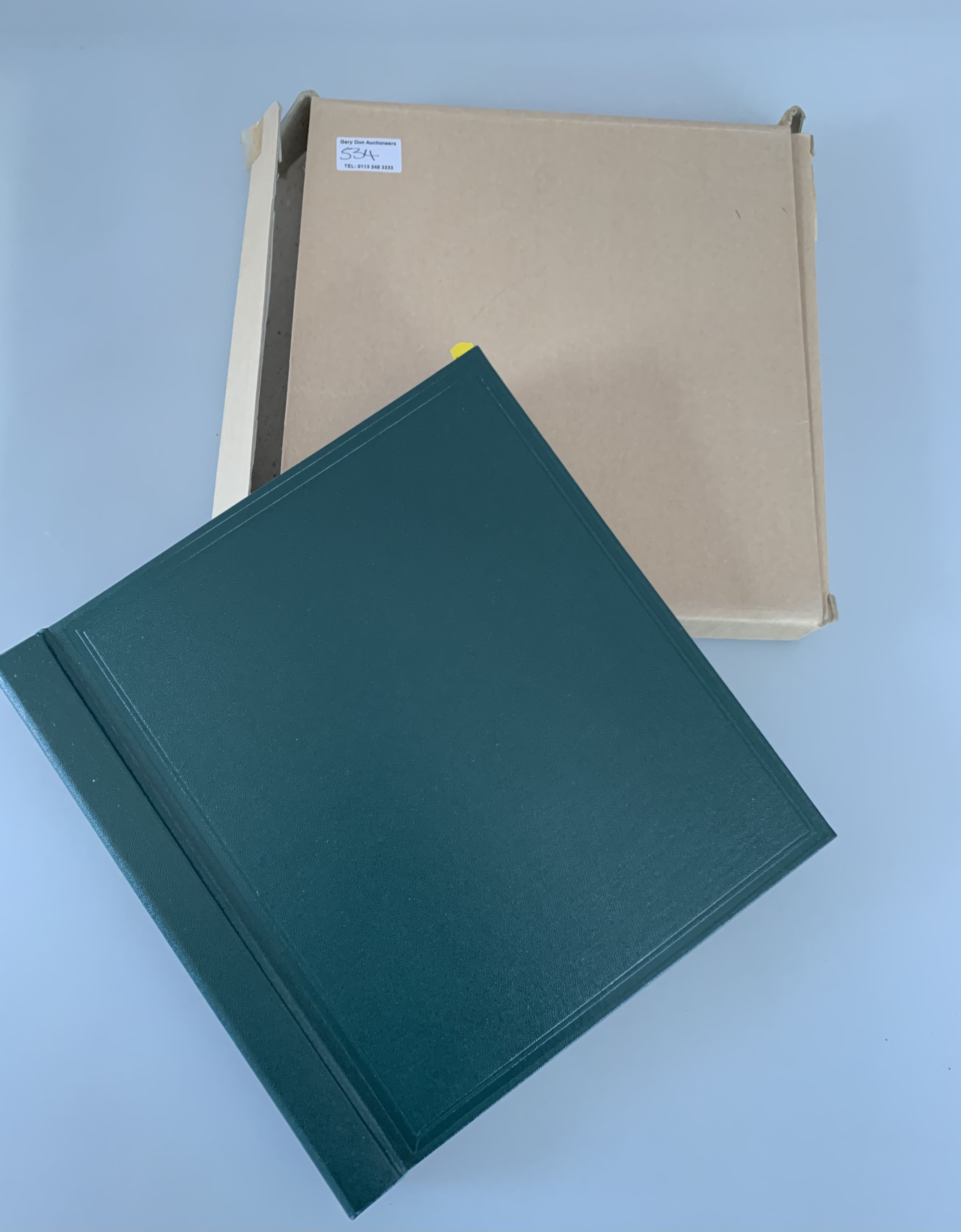 Boxed green album of GB definitives 1971