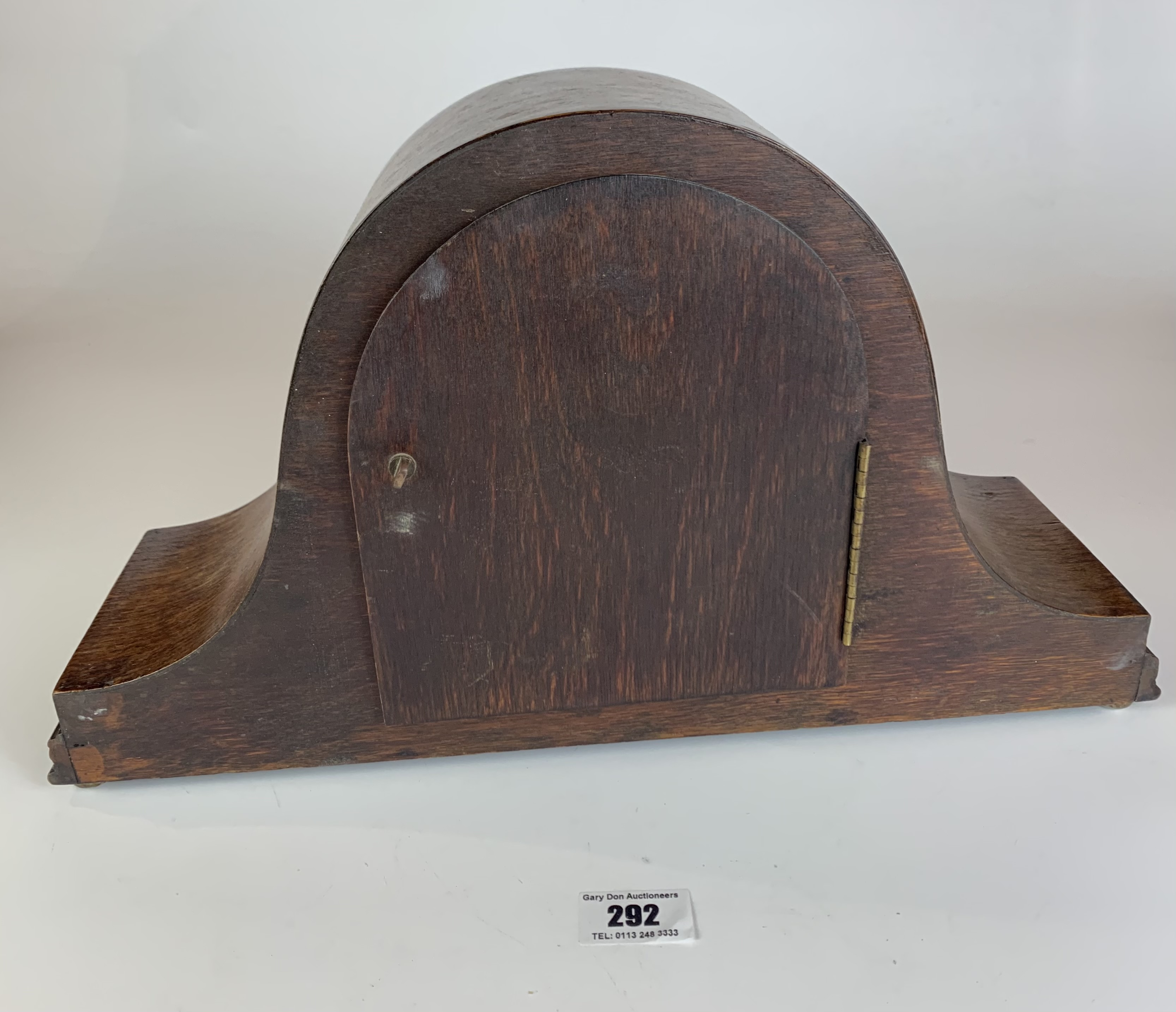 """Oak 2 hole mantle clock, 9"""" high, 16"""" wide. Working - Image 5 of 5"""