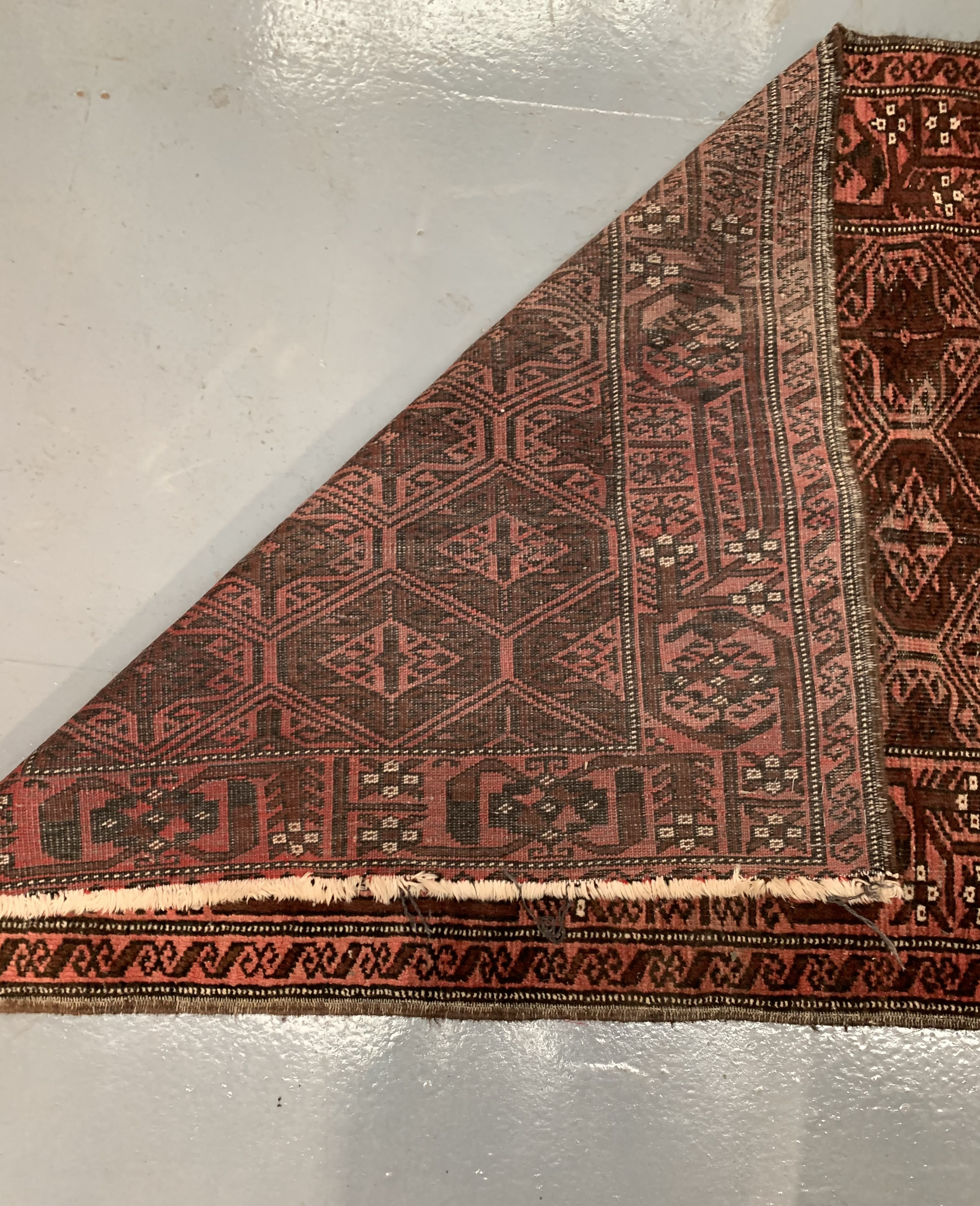 "Pink patterned rug, 67"" long, 36"" wide - Image 3 of 4"
