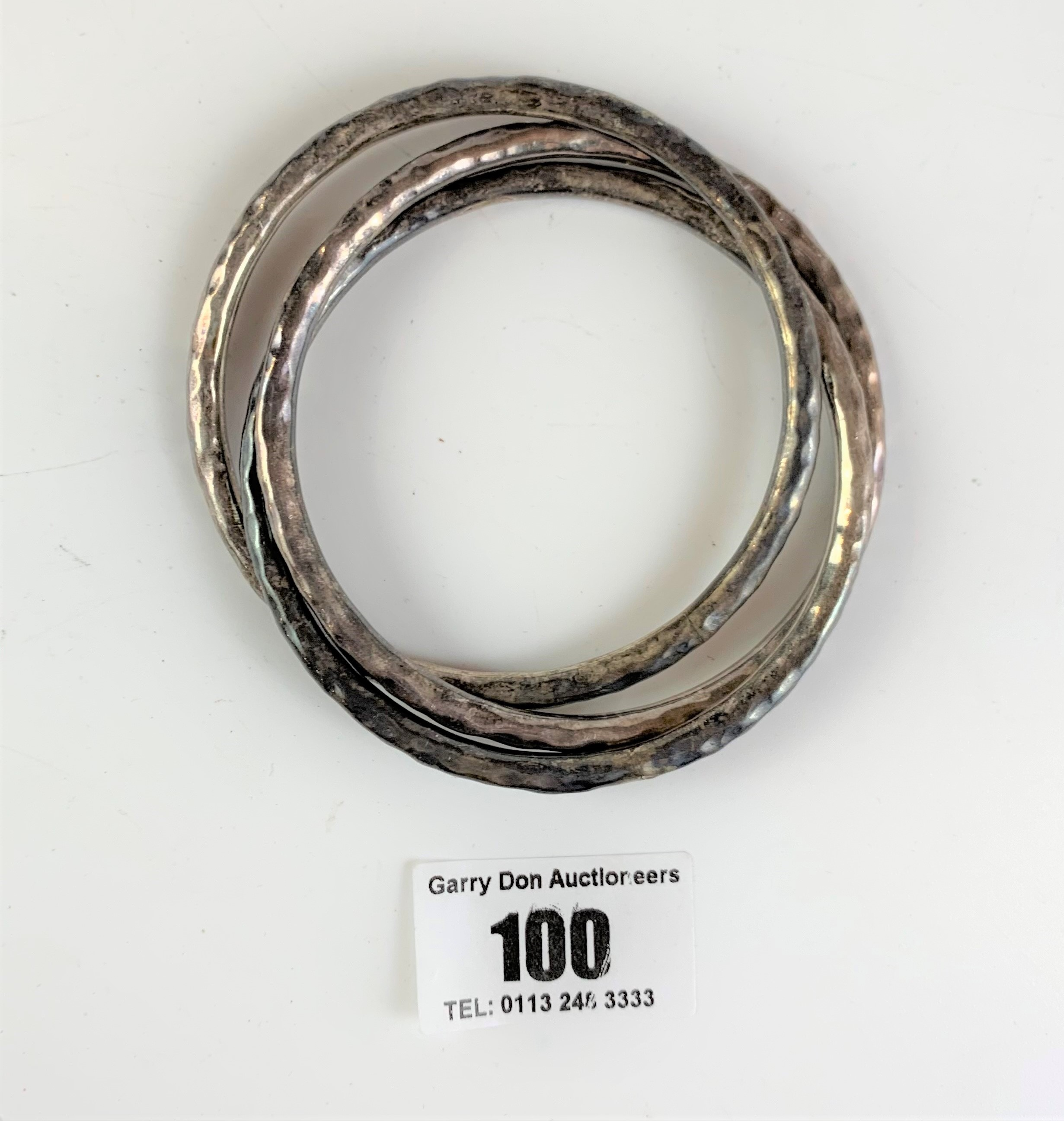 3 interlocked silver bangles, total w: 1.5 ozt - Image 2 of 3