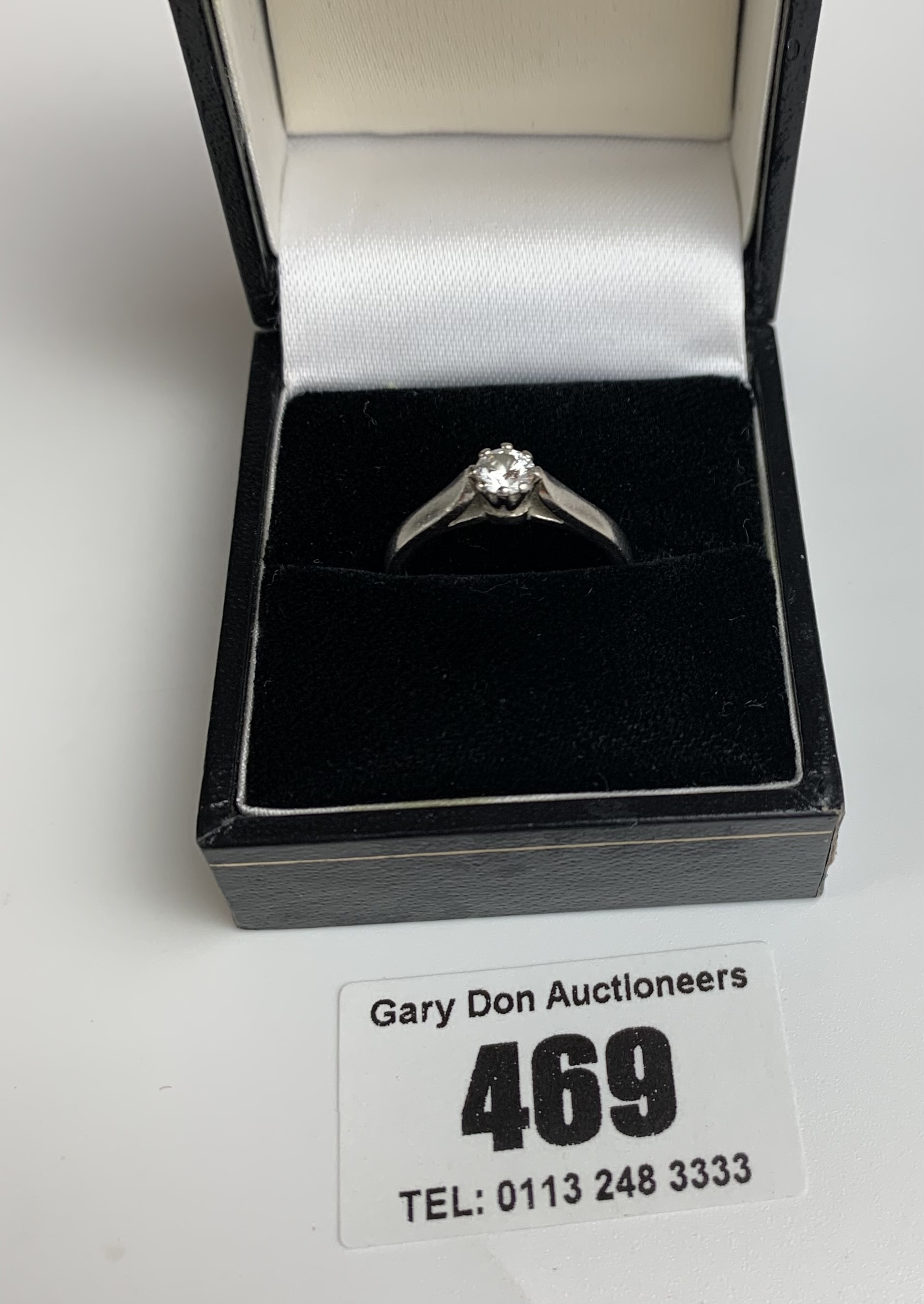 Platinum and diamond ring, size L/M, w: 6 gms - Image 3 of 6