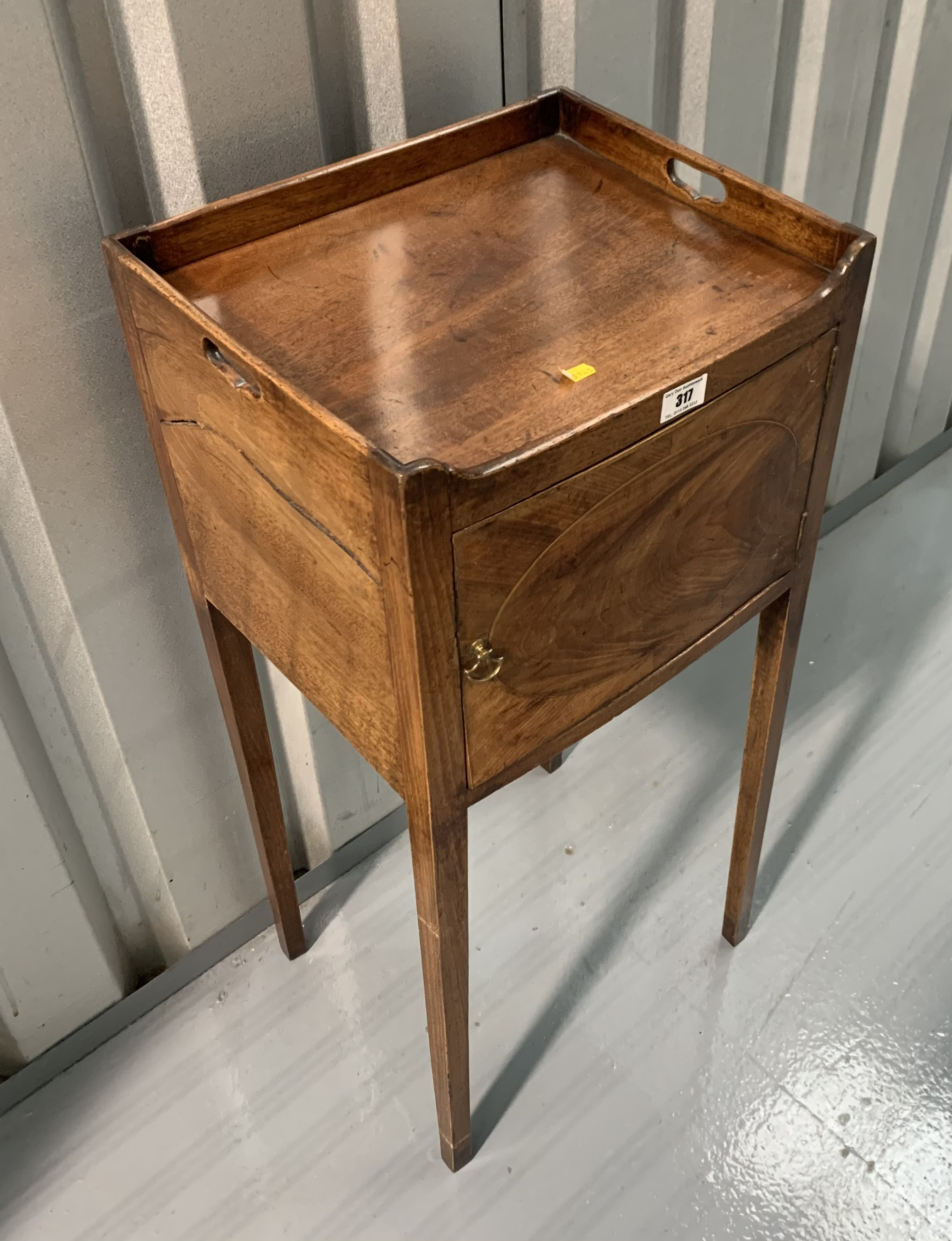 """Mahogany pot cupboard/stand. 31"""" high, 14"""" wide, 12"""" deep - Image 3 of 7"""