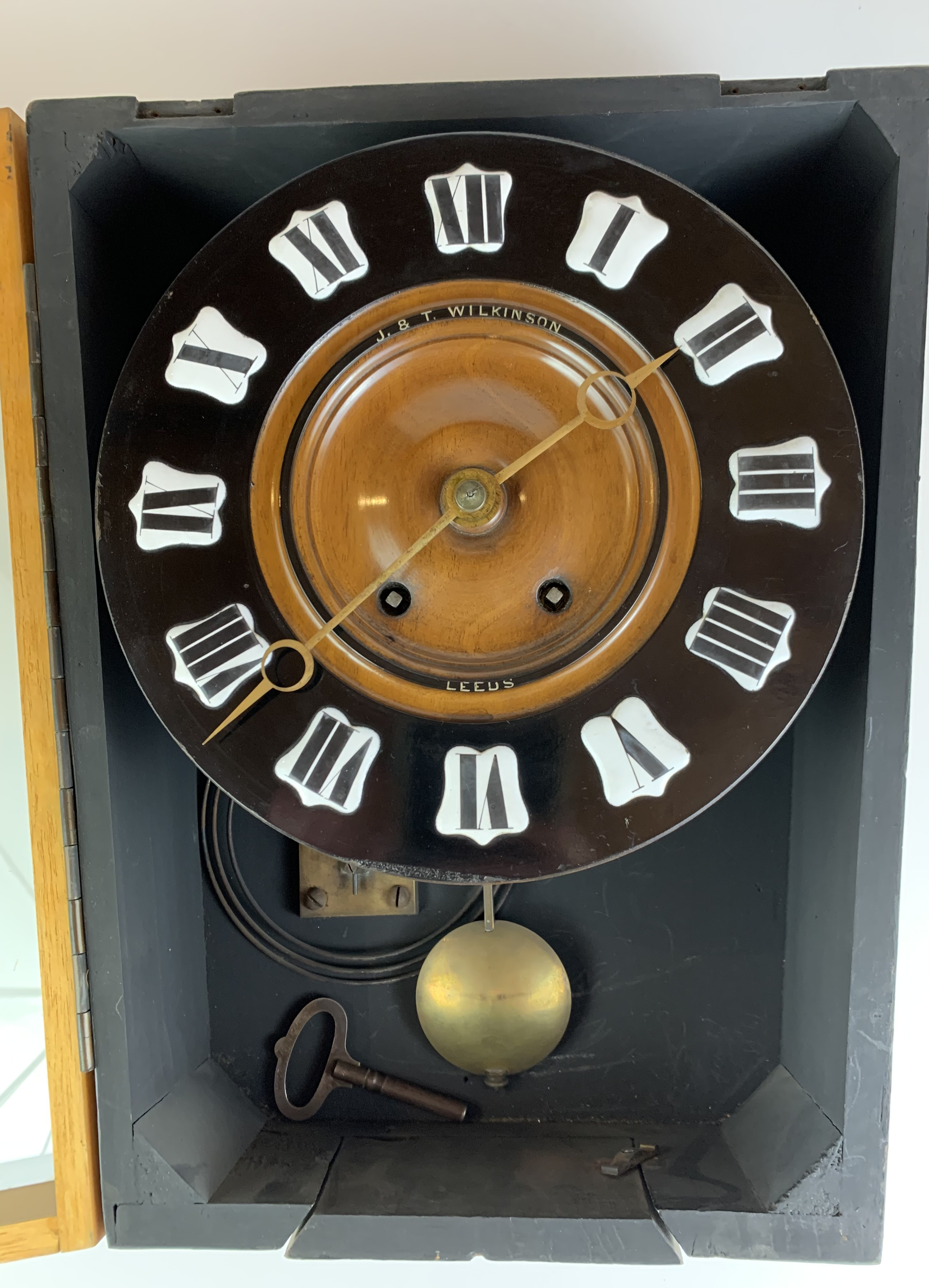 """Unusual wall clock by J & T Wilkinson, Leeds with pendulum and key, 15"""" high x 13"""" wide - Image 2 of 4"""
