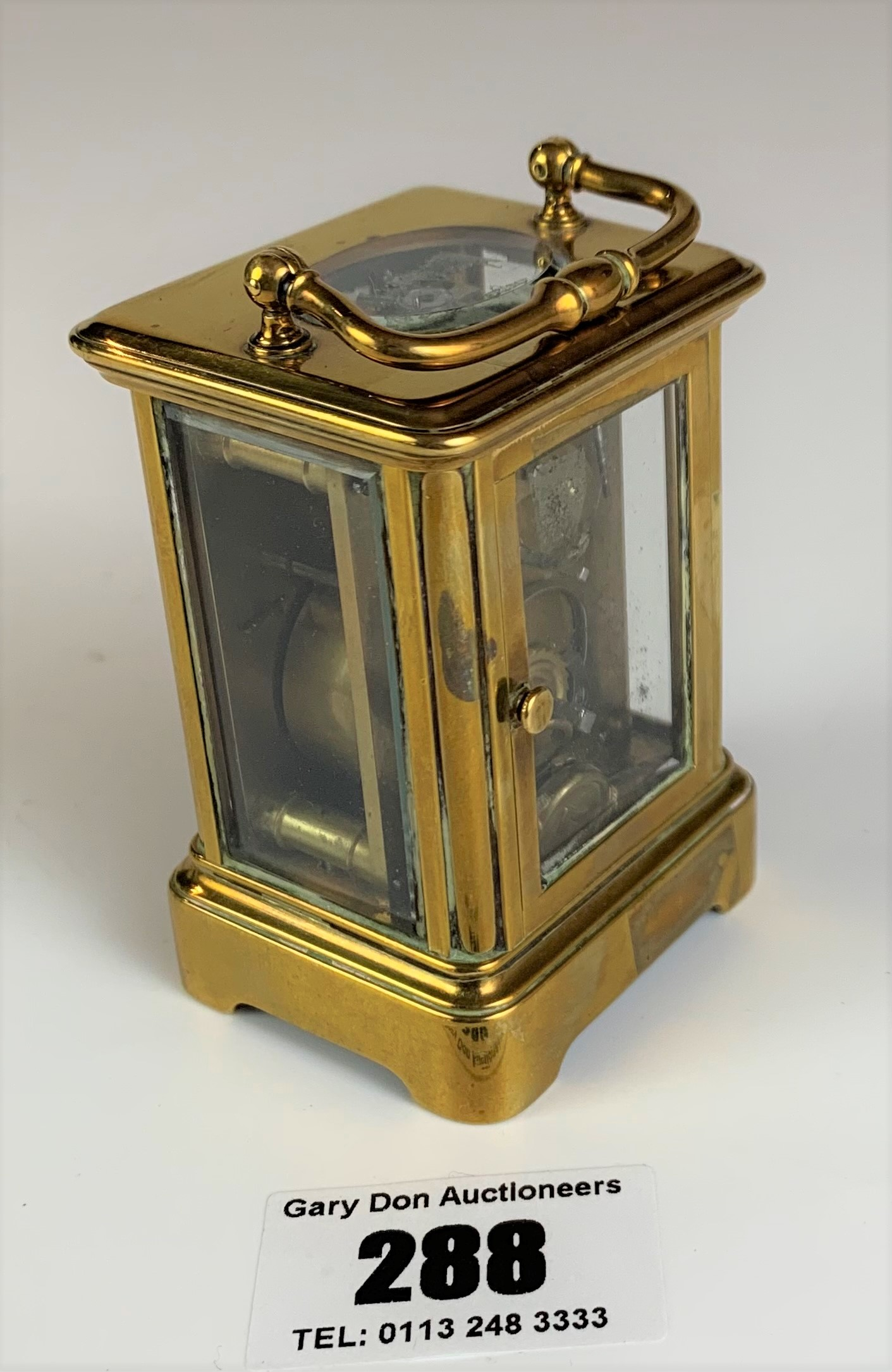 """Miniature brass carriage clock, 3"""" high plus handle. Working with key - Image 4 of 9"""