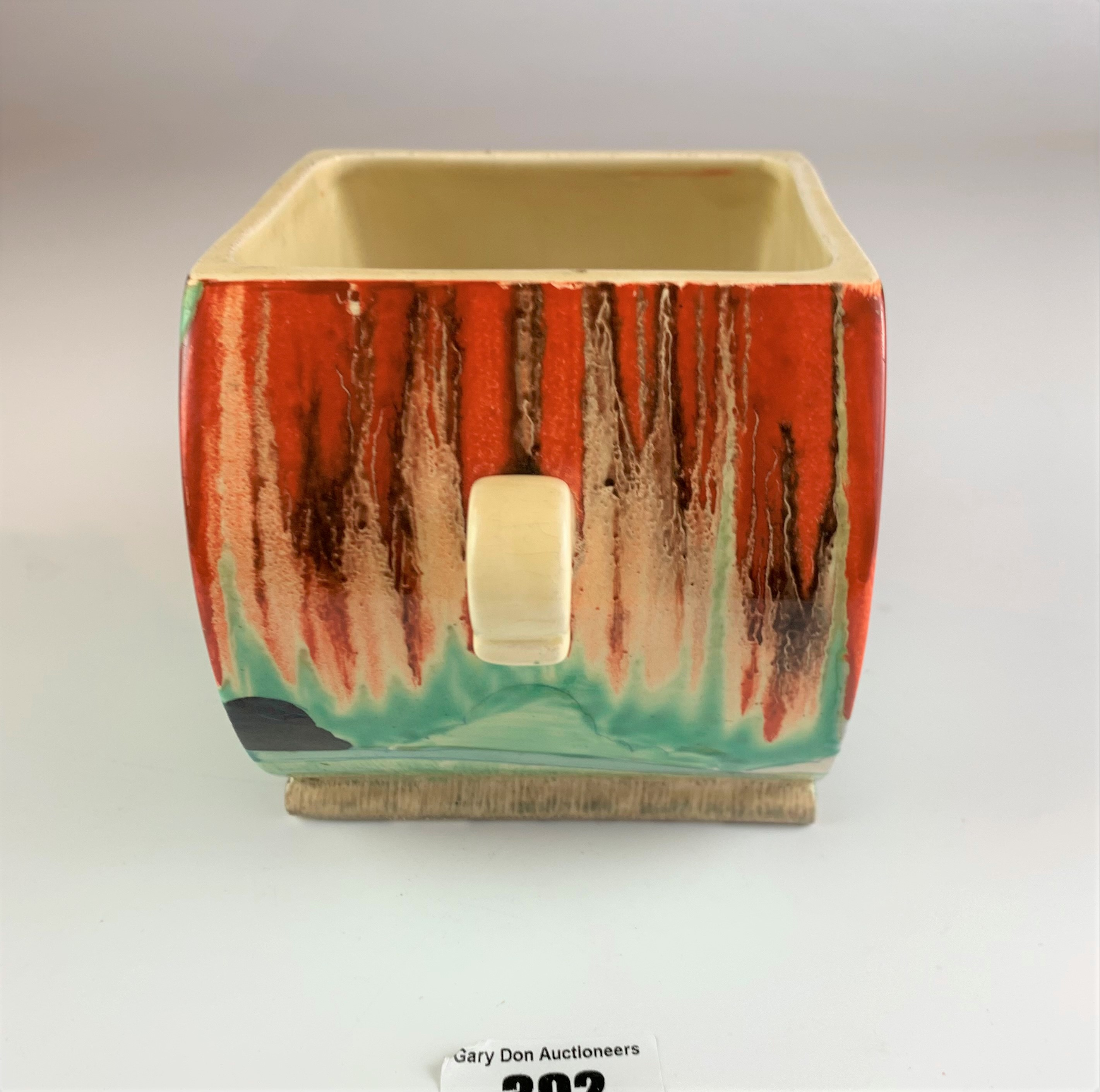 """Clarice Cliff Bizarre biscuit barrel, 4.5"""" high x 7"""" wide. No damage - Image 6 of 8"""