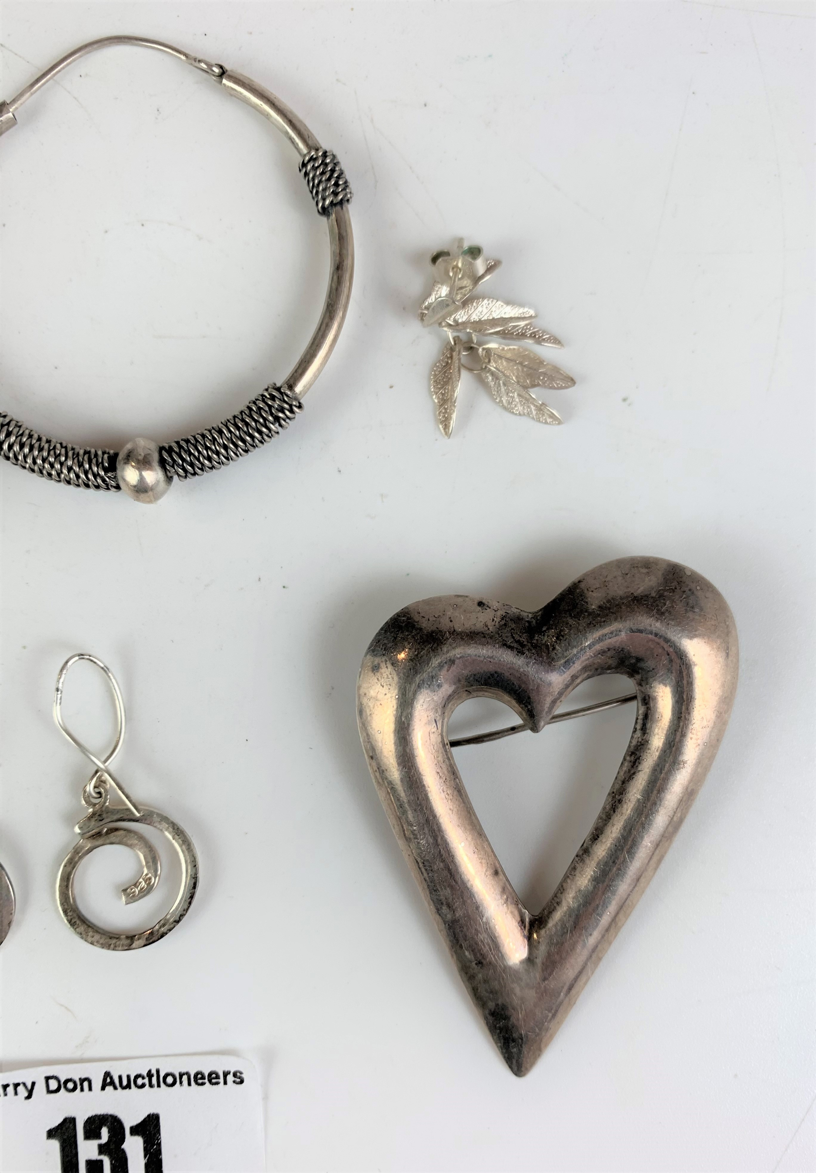 Assorted silver jewellery and coins, total w: 1.3 ozt - Image 5 of 5