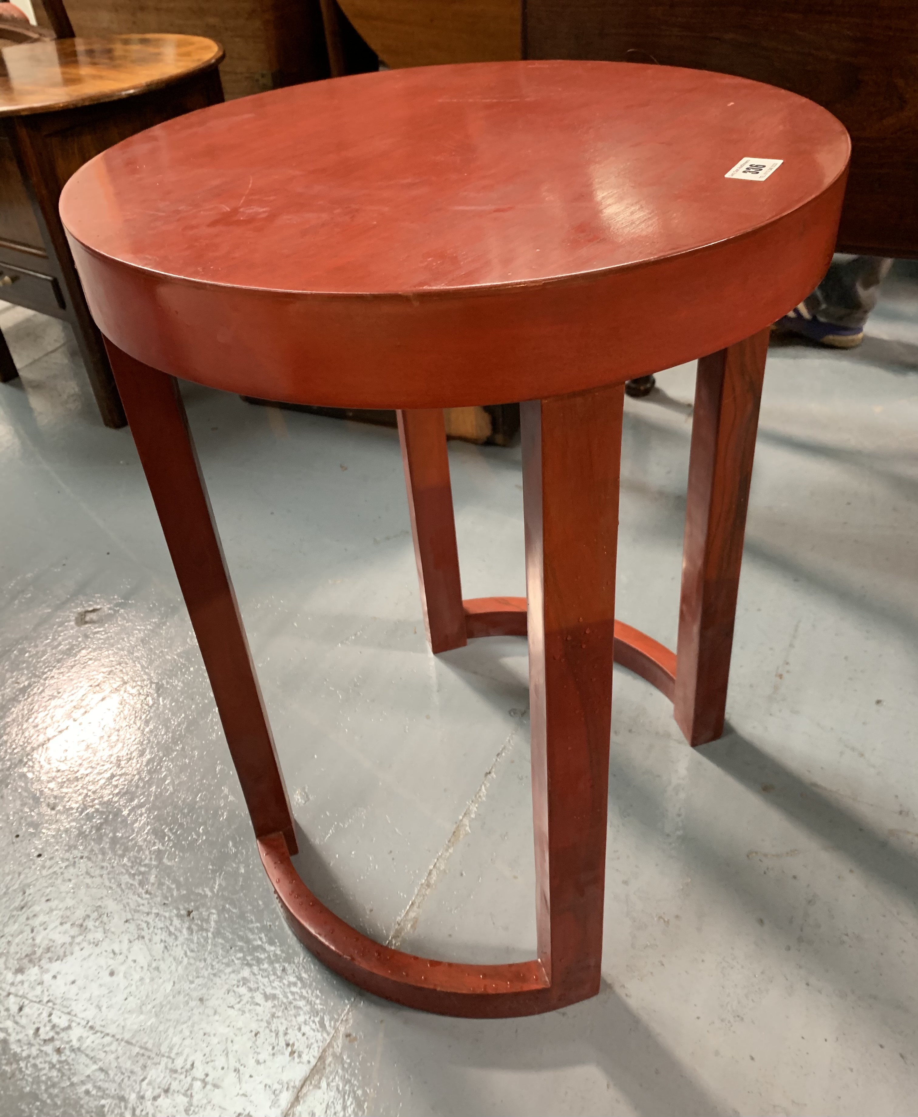 """Modern round occasional table, 18"""" diameter, 24"""" high - Image 2 of 4"""