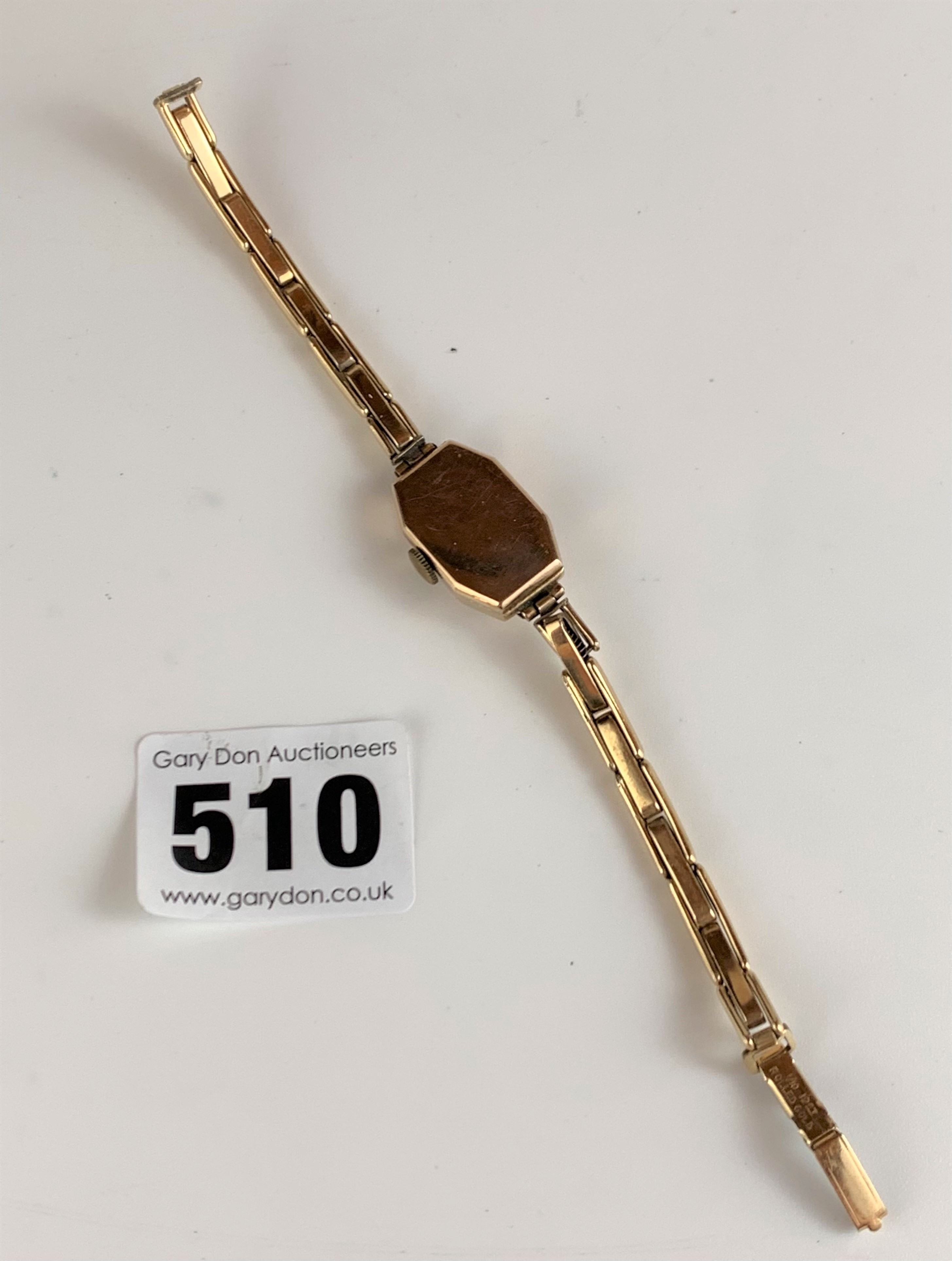 9k gold ladies watch with plated strap, total w: 12 gms, working - Image 5 of 5