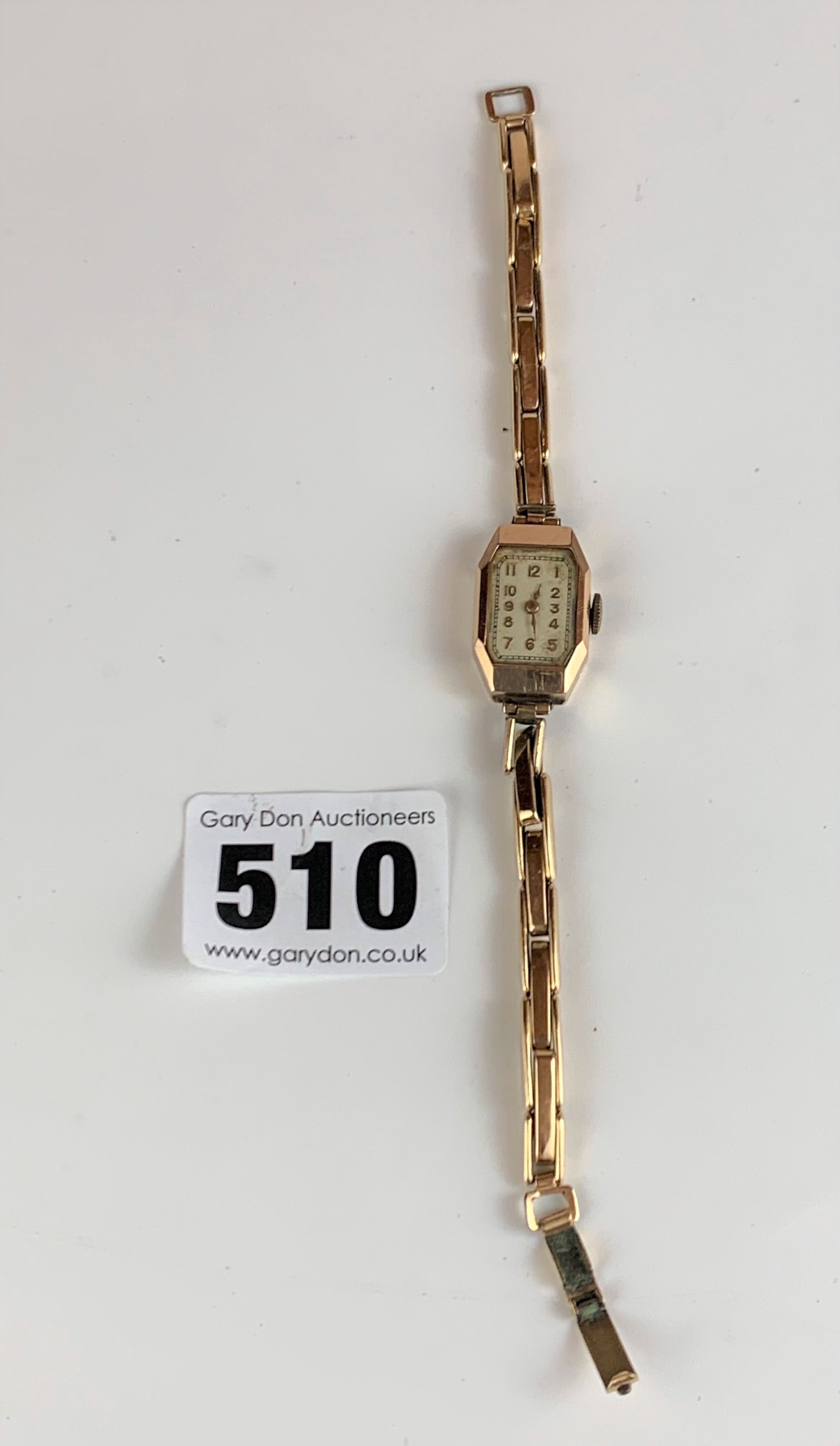 9k gold ladies watch with plated strap, total w: 12 gms, working - Image 3 of 5