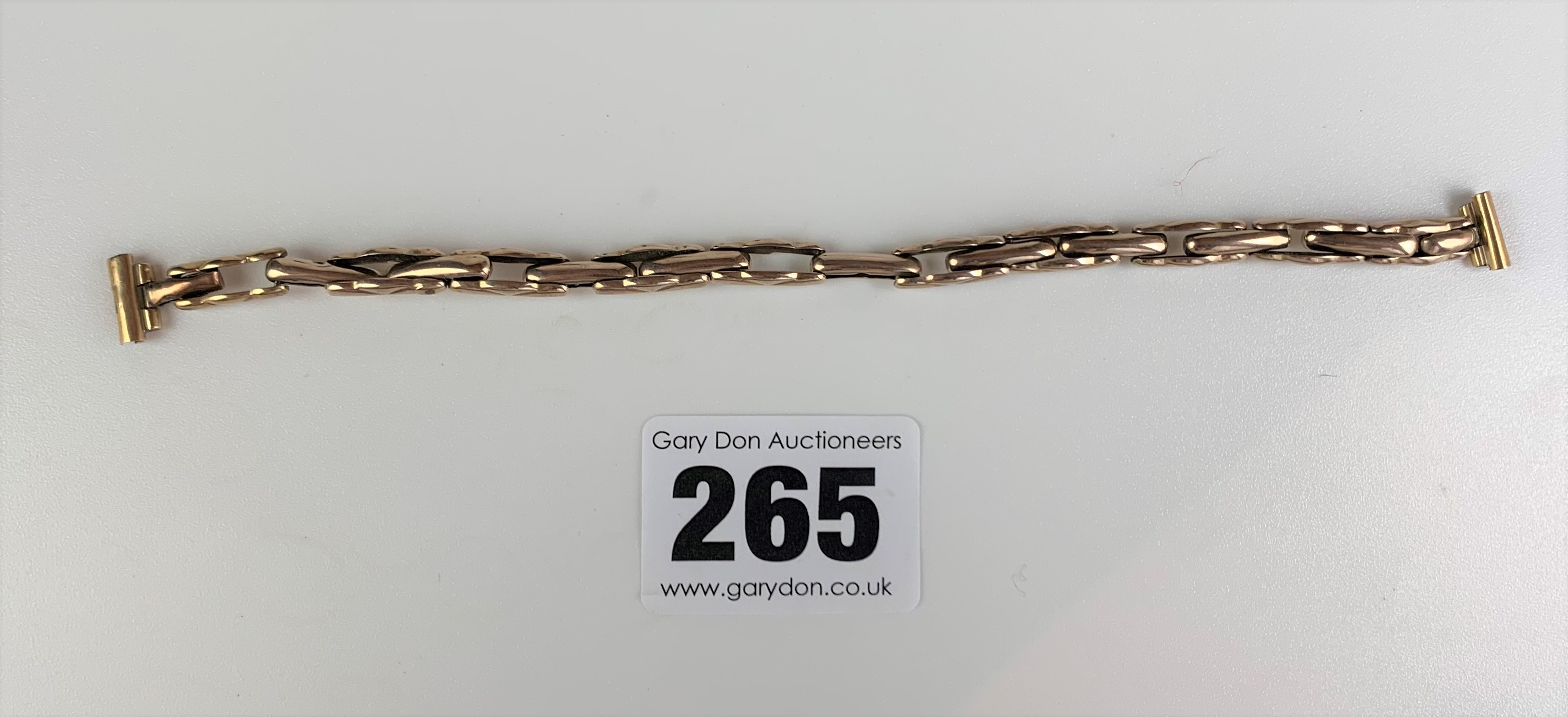 """9k gold elasticated strap, length 6"""", w: 5.5 gms and plated crucifix, length 2.5"""". - Image 5 of 7"""