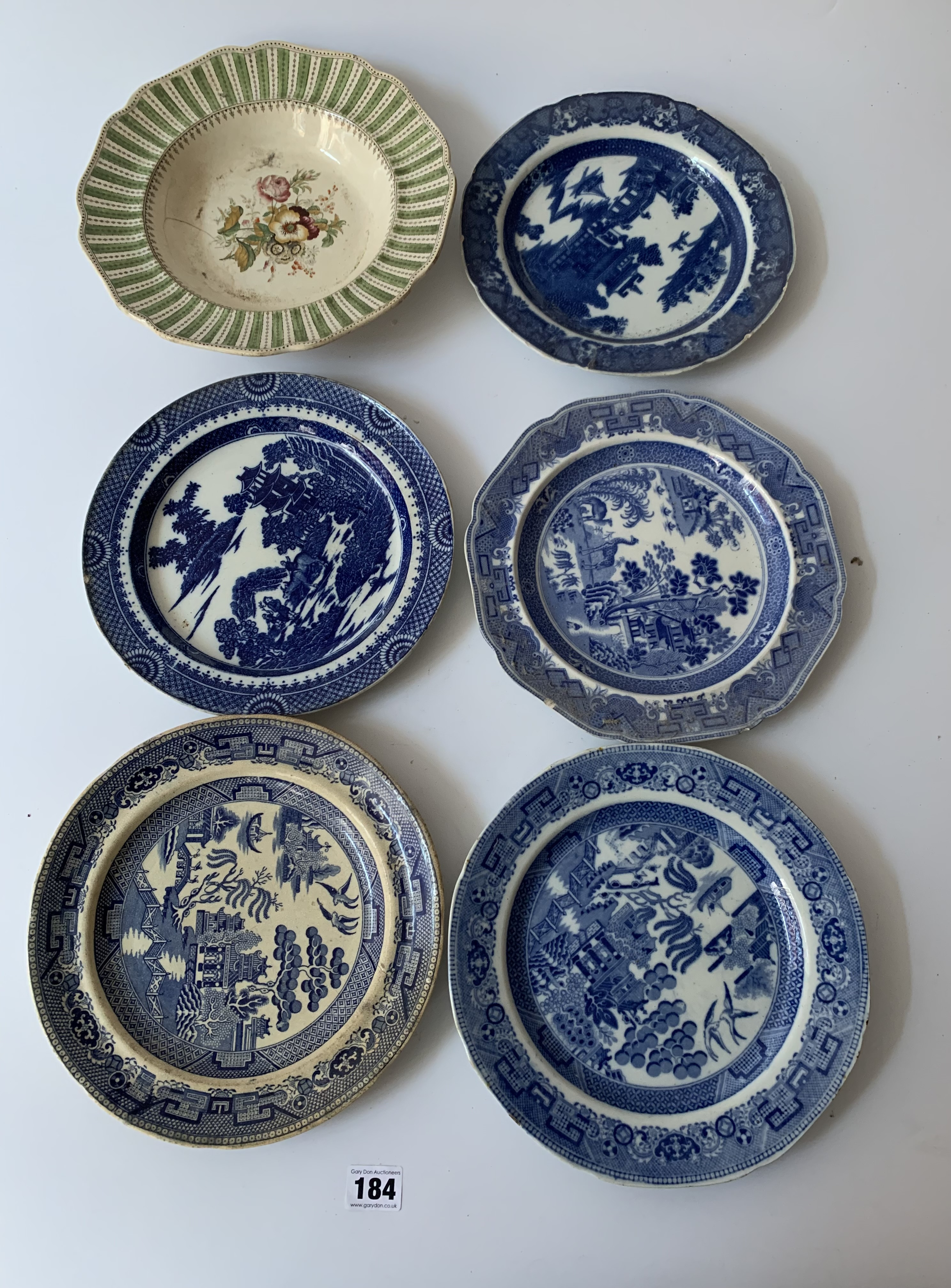 """16 assorted plates and dishes 8"""" – 11"""" diameter - Image 2 of 7"""