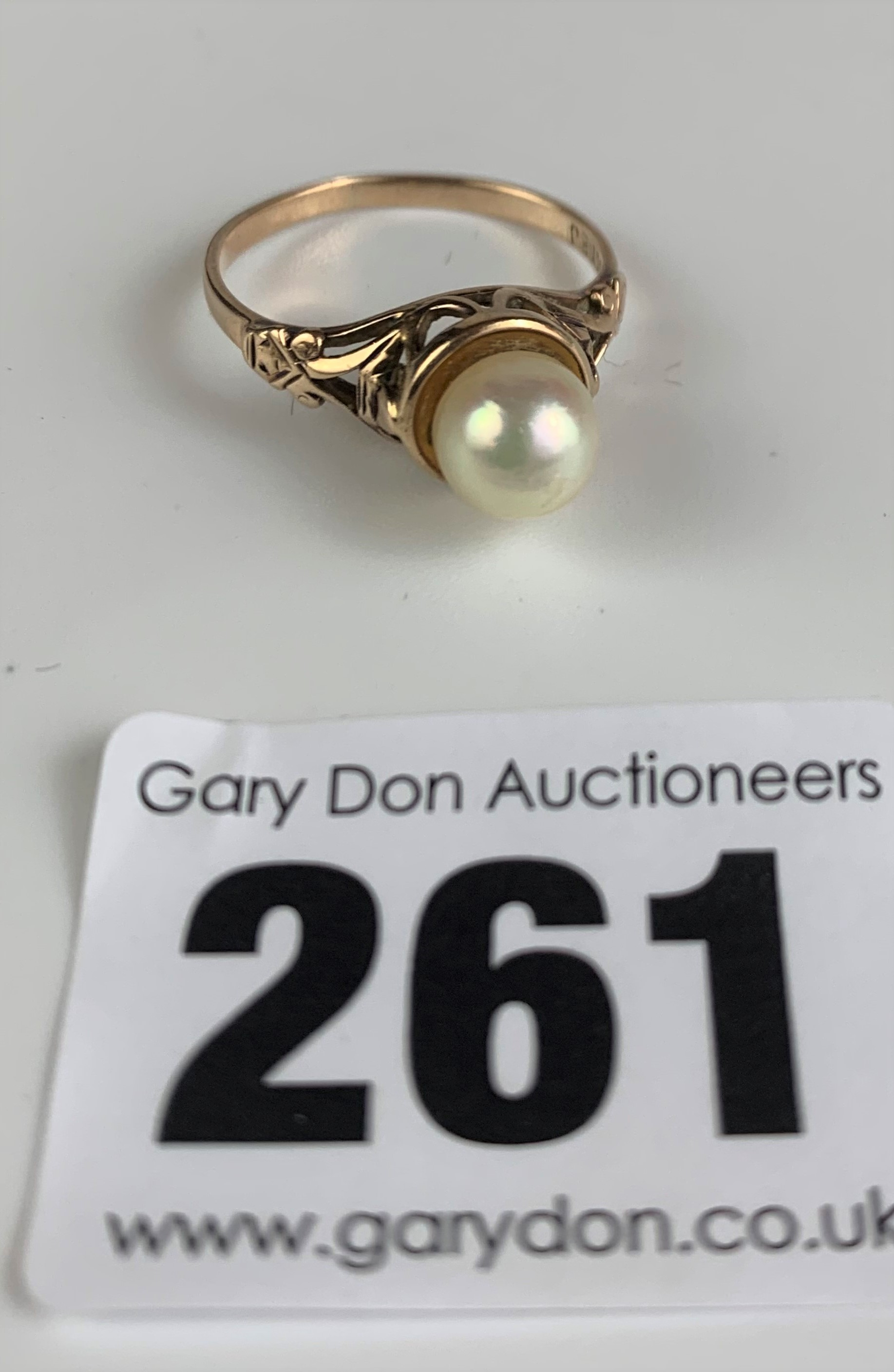 9k gold and pearl ring, size M, w: 2.4 gms - Image 3 of 6