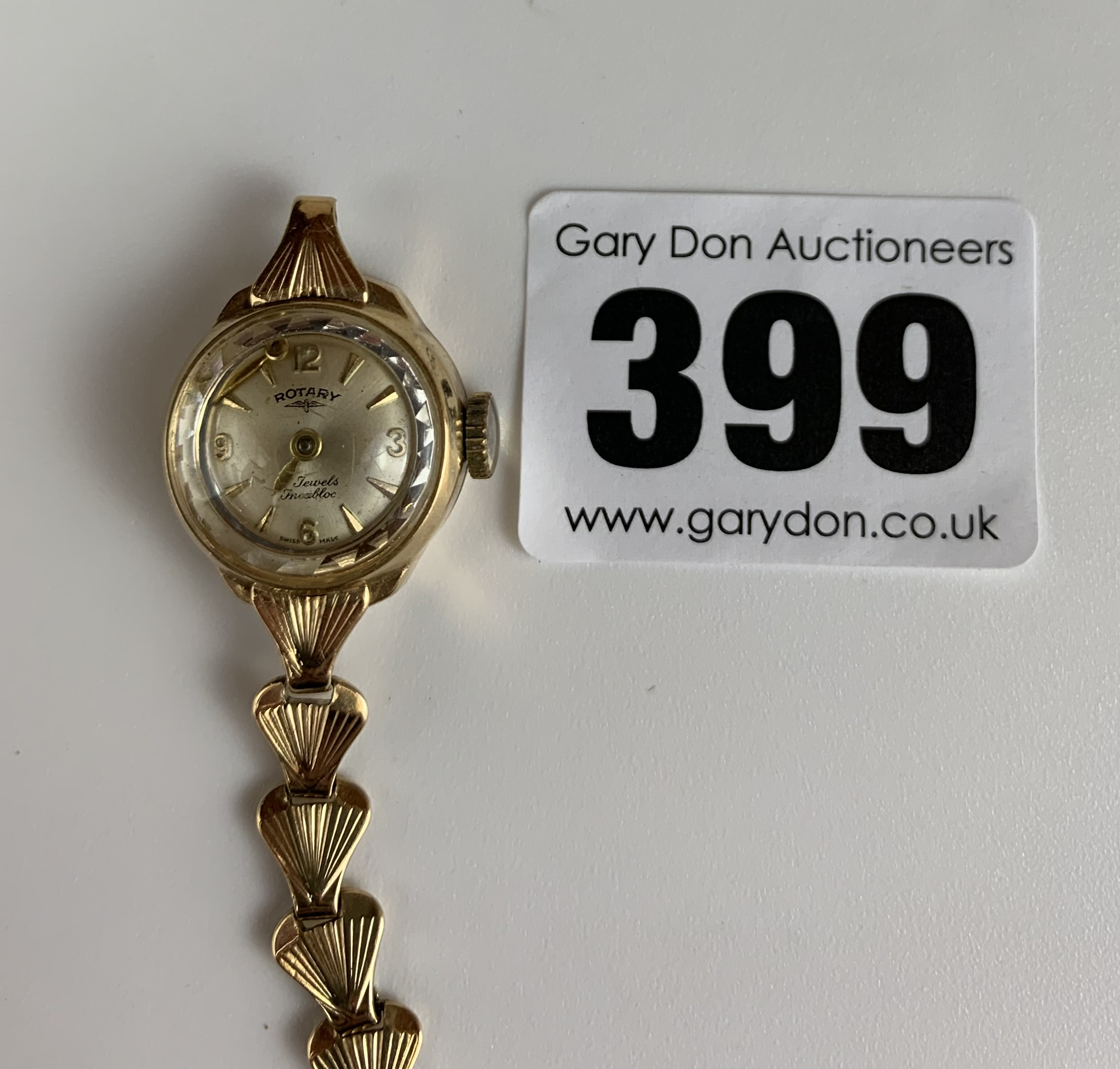 9k gold ladies Rotary watch with 9k gold bracelet (broken), total w: 12.6 gms. Minute hand detached - Image 2 of 3