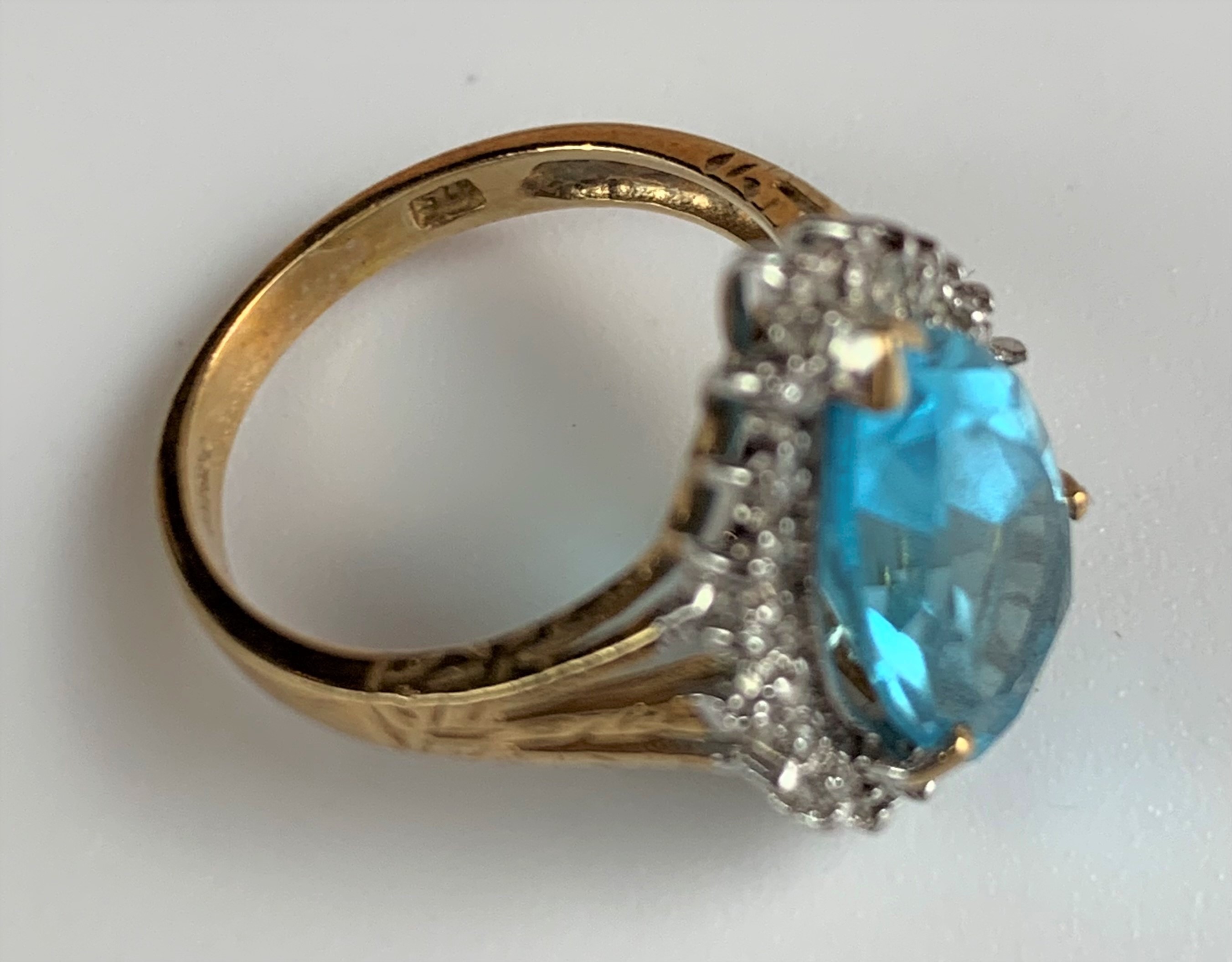 9k gold ring with blue heart shaped stone, size L, w: 3.5 gms - Image 6 of 6