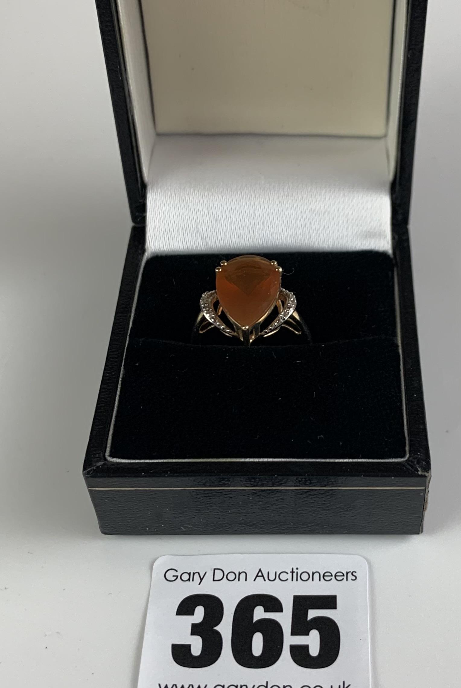 10k gold ring with heart shaped orange stone, size J/K, w: 2.1 gms - Image 2 of 6