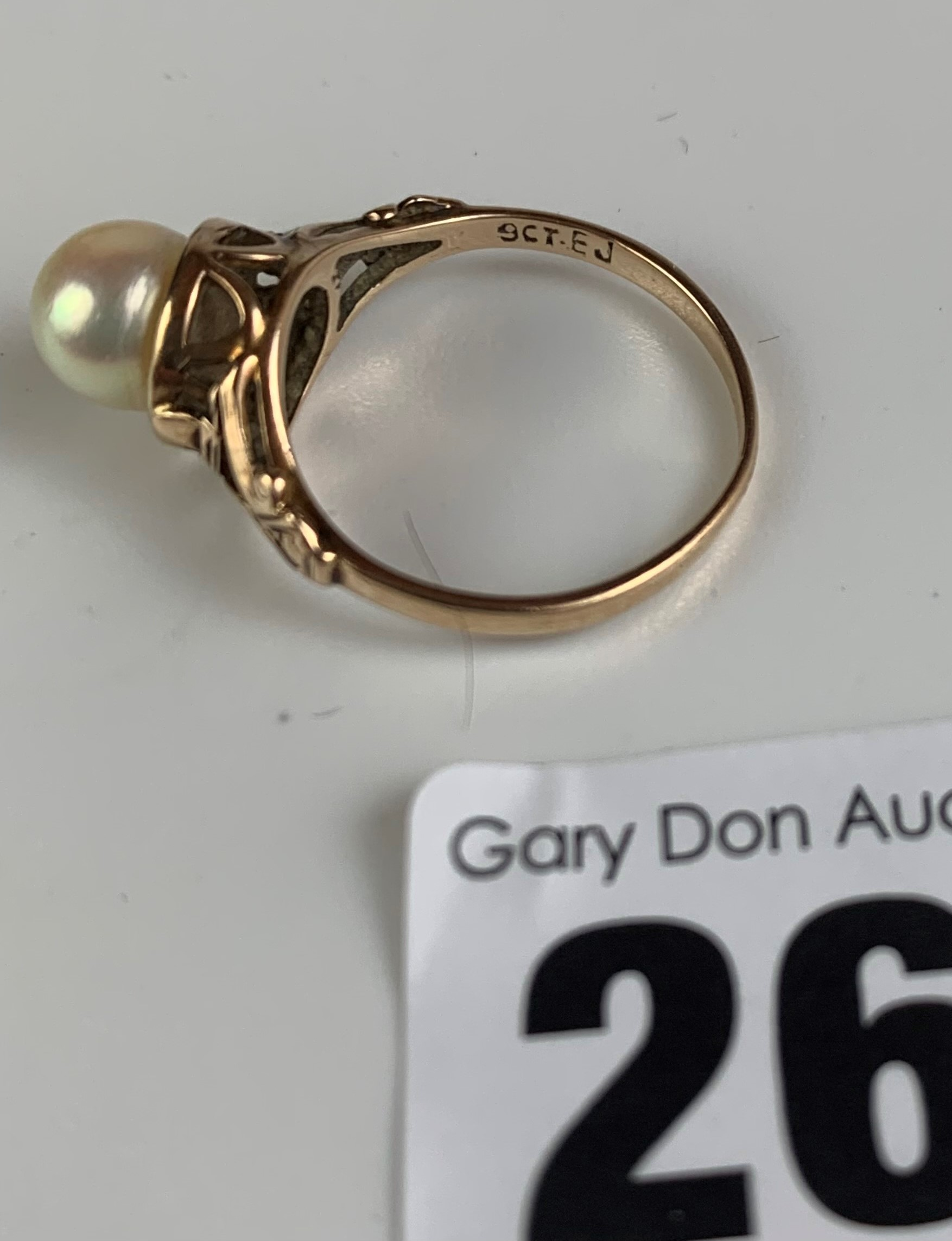 9k gold and pearl ring, size M, w: 2.4 gms - Image 5 of 6