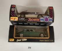2 boxed Maisto Special Edition 1:18 die cast cars – Jaguar Mark II and Corvette 1995 Indianapolis