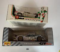 Boxed Bburago Italia '90 Ferrari Testa Rossa 1984 and boxed Maisto 1:18 Porsche 911 GT1