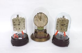 Junghans ATO Bulle-Type mantel clock, with original 1.5v battery, under a glass dome and upon a