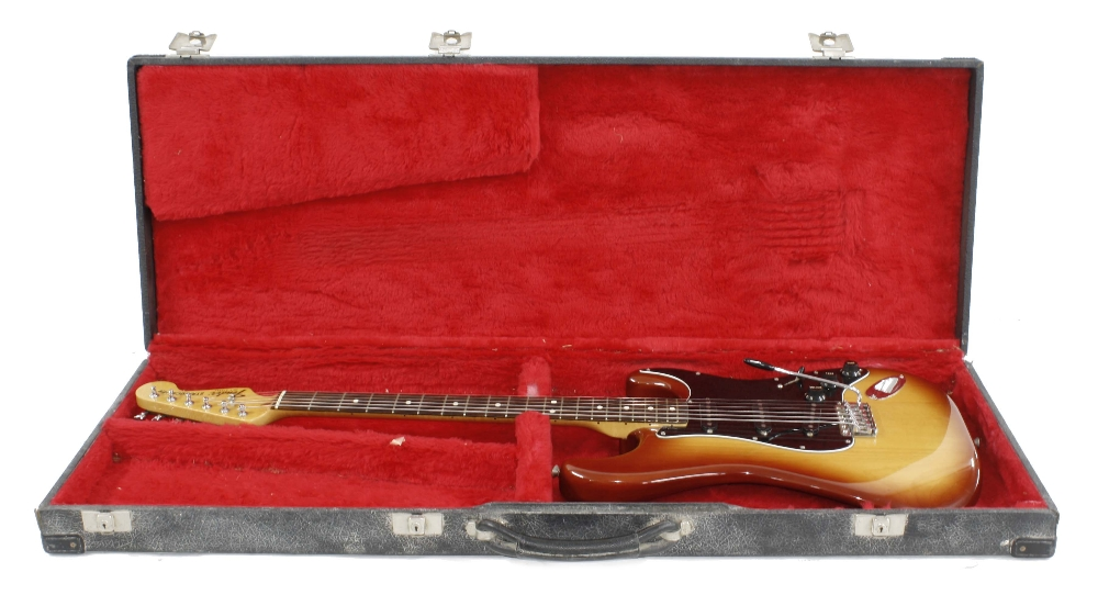 1982 Fender 'Dan Smith' Stratocaster electric guitar, made in USA, ser. no. E2xxxxx0; Finish: Sienna - Image 3 of 3