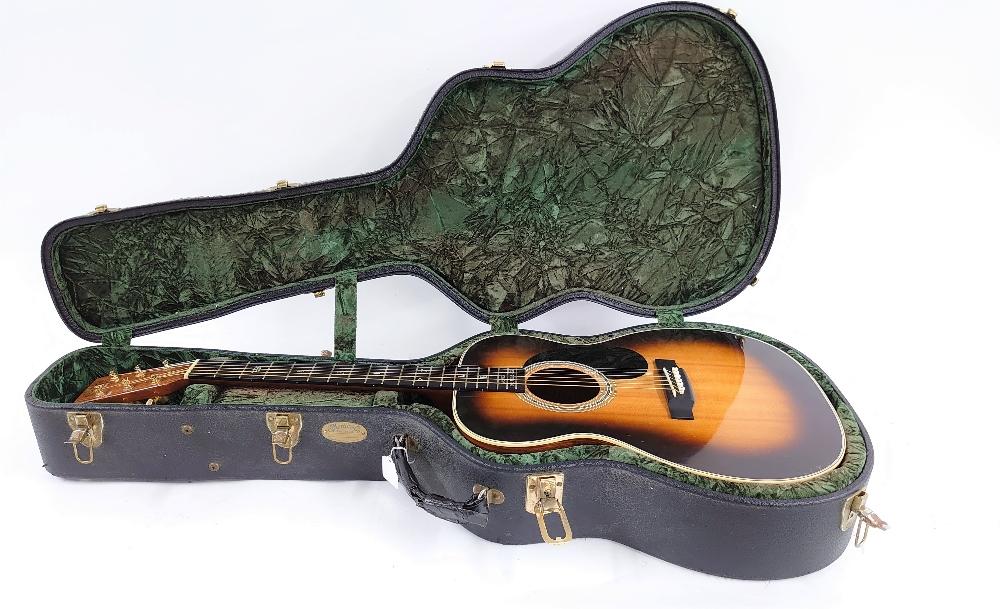 Peter Donegan - Rare 2002 C.F. Martin & Co 000-28LD (Lonnie Donegan signature model) (13-72) - Image 3 of 6
