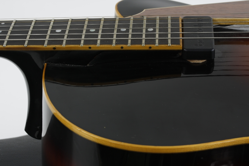 1984 Andy Manson Dove archtop guitar, made in Crowbrough, Sussex, England; Finish: sunburst, small - Image 7 of 11