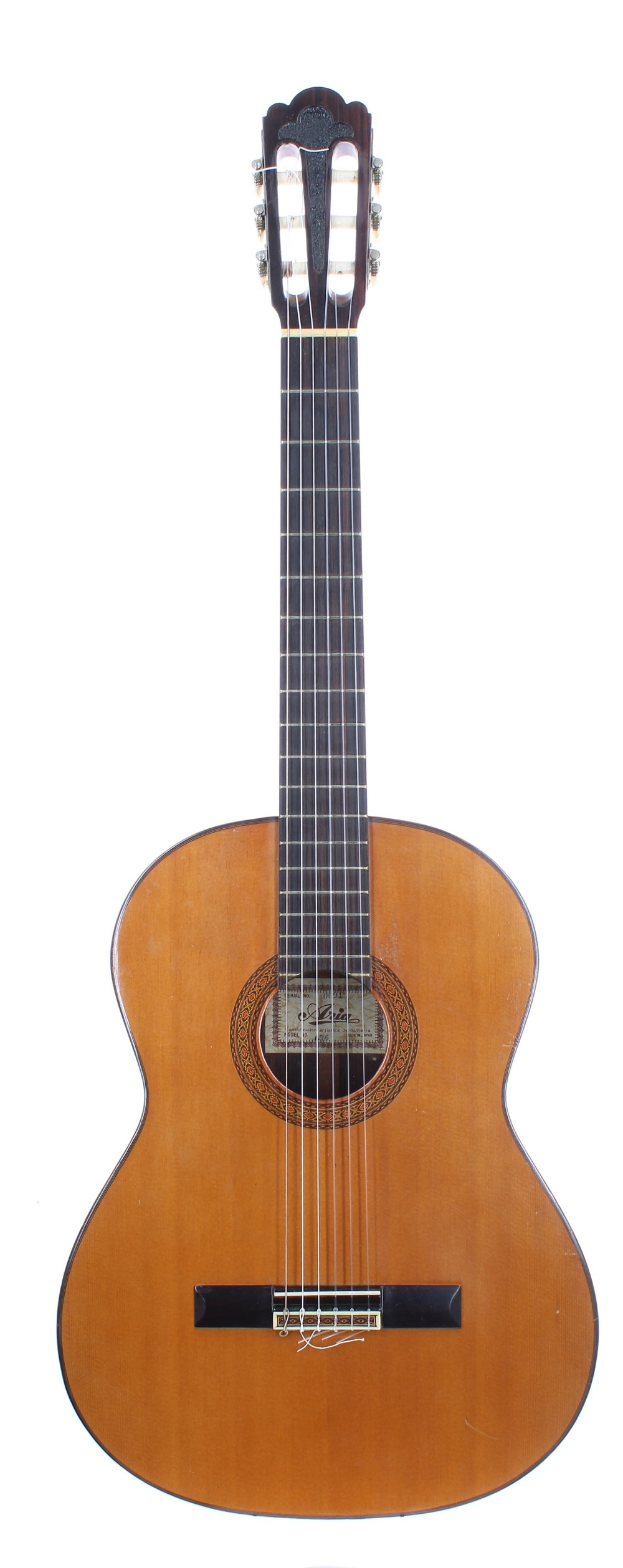 Aria A556 classical guitar, made in Japan; Back and sides: Indian rosewood, lacquer clouding,