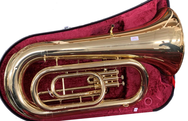 Yamaha YEB201 gold lacquered tuba (case and mouthpiece)