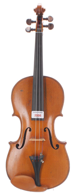 "Early 20th century German violin, unlabelled, 14 3/16"", 36cm"