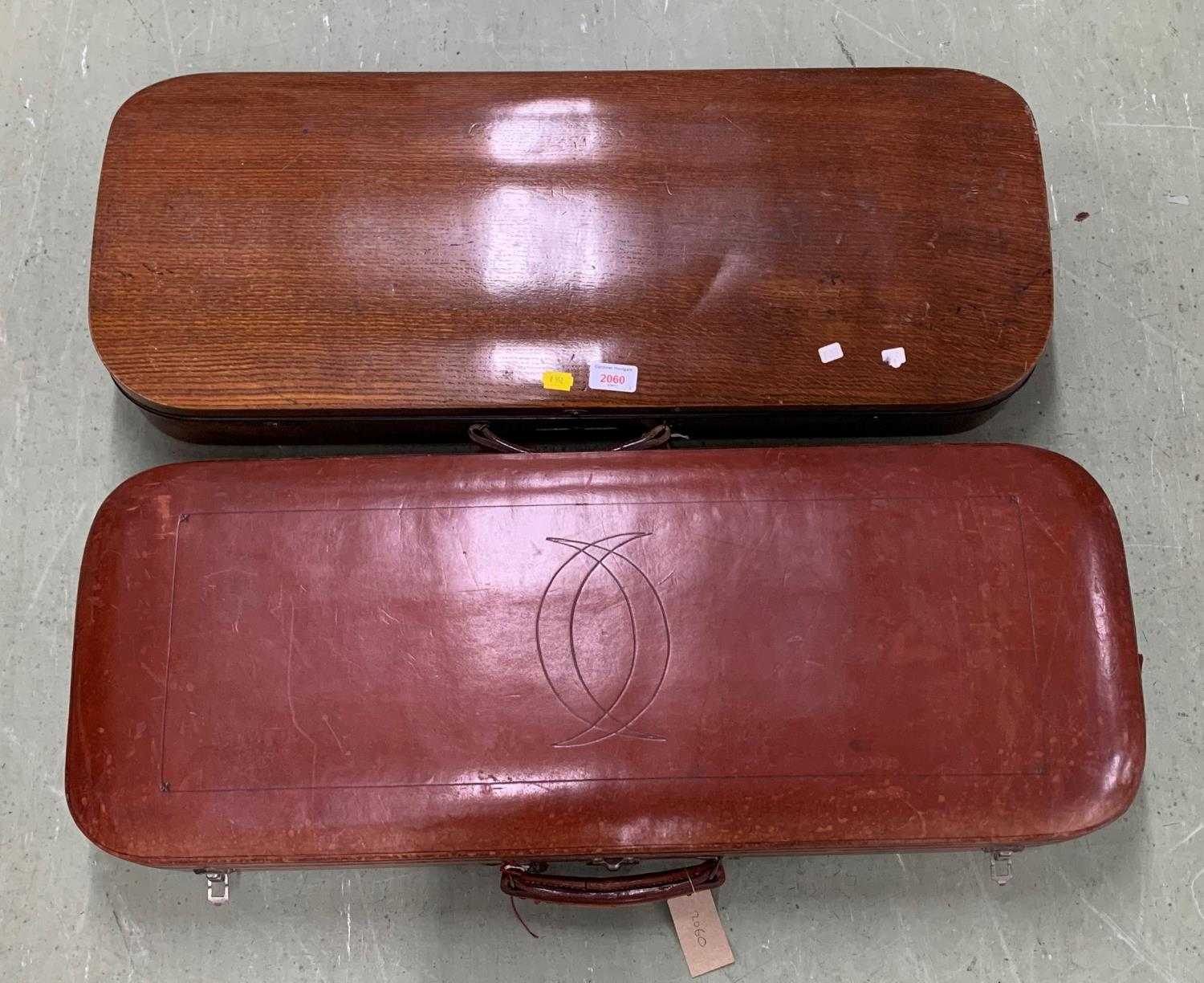 Good oak oblong double violin case by and inscribed either side of the lock W.E. Hill & Sons, Violin