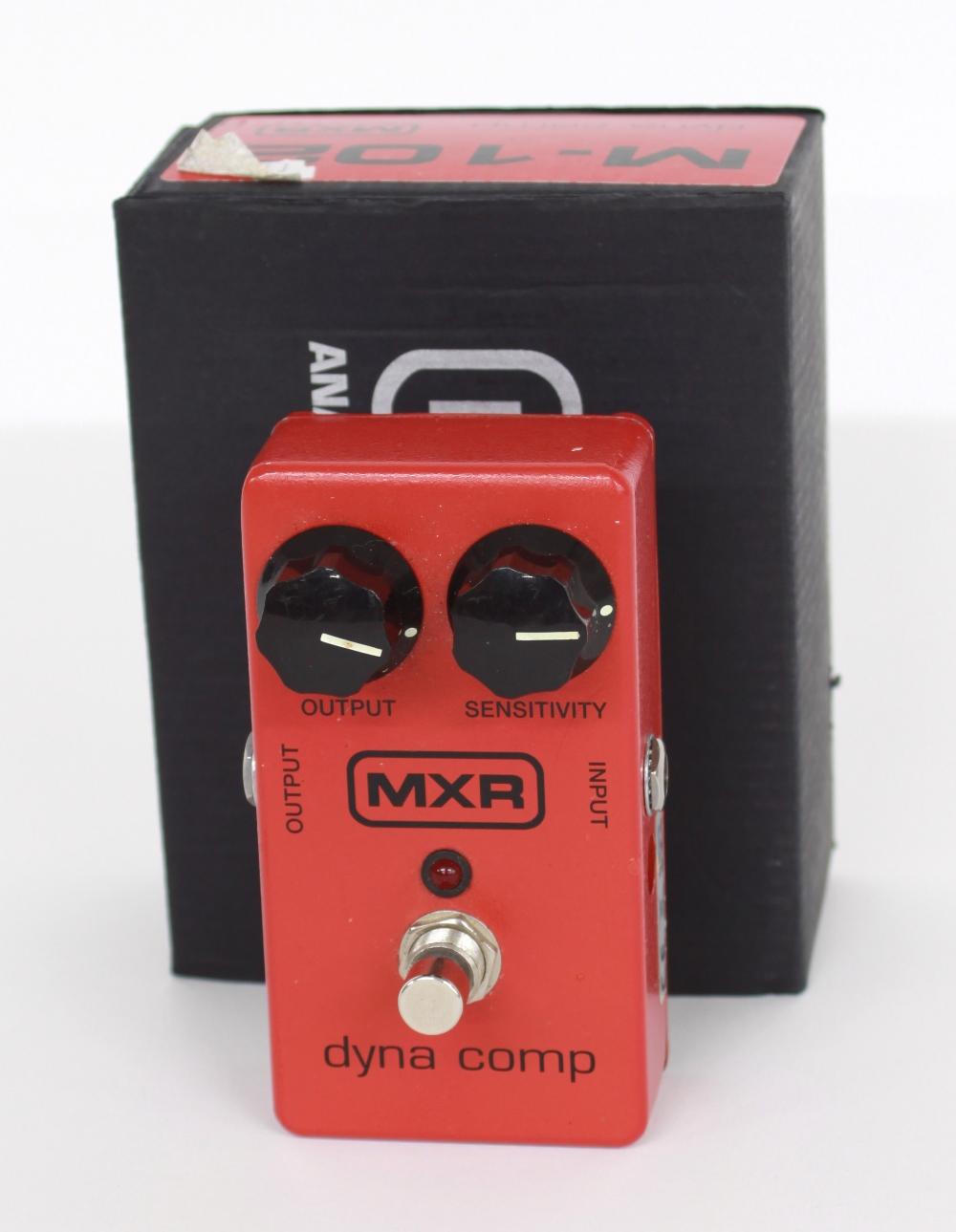 MXR Dyna Comp compressor guitar pedal, boxed