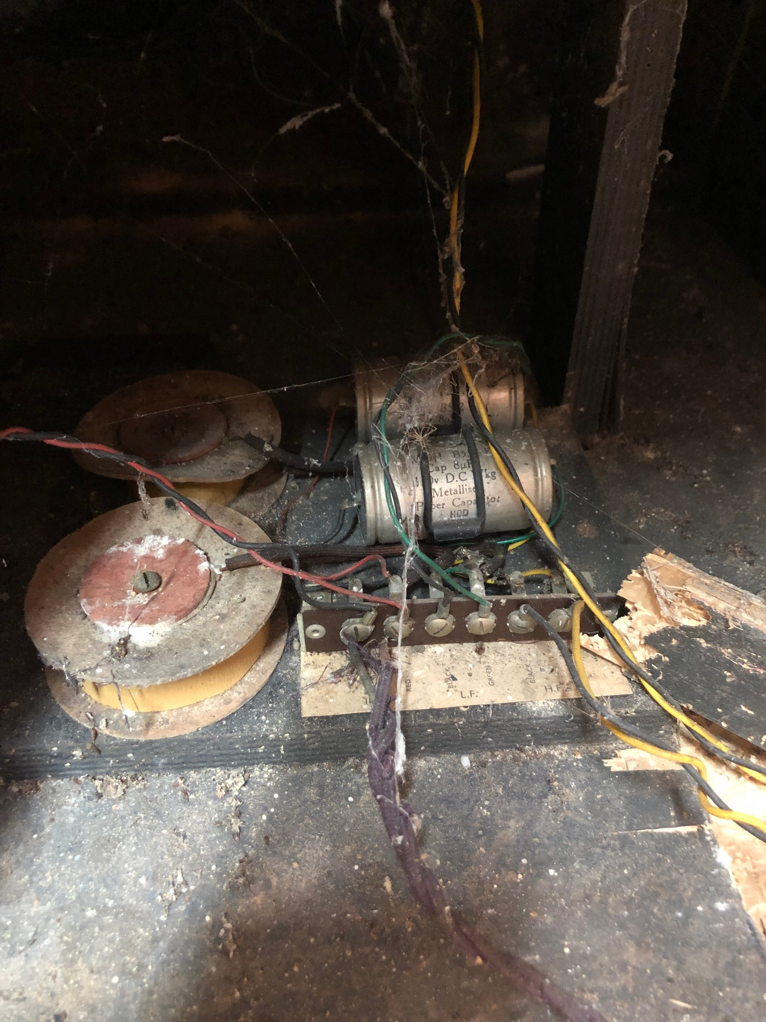 """Rare 1950s Bal-AMi 200 Jukebox in """"Barn Find"""" condition and in need of complete restoration, - Image 11 of 27"""