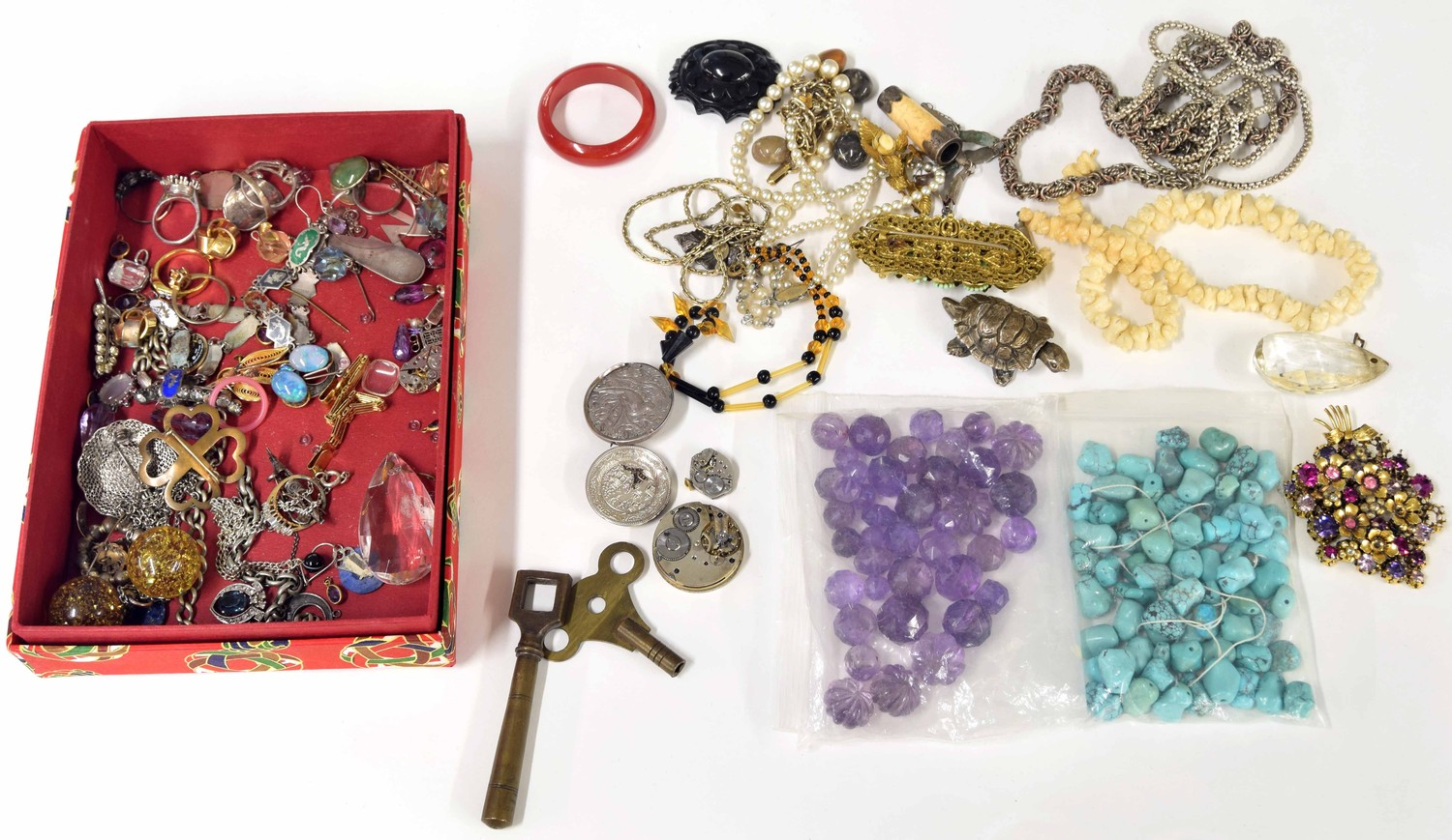 Selected assorted costume jewellery, including brooches, bead necklaces, earrings; also loose beads