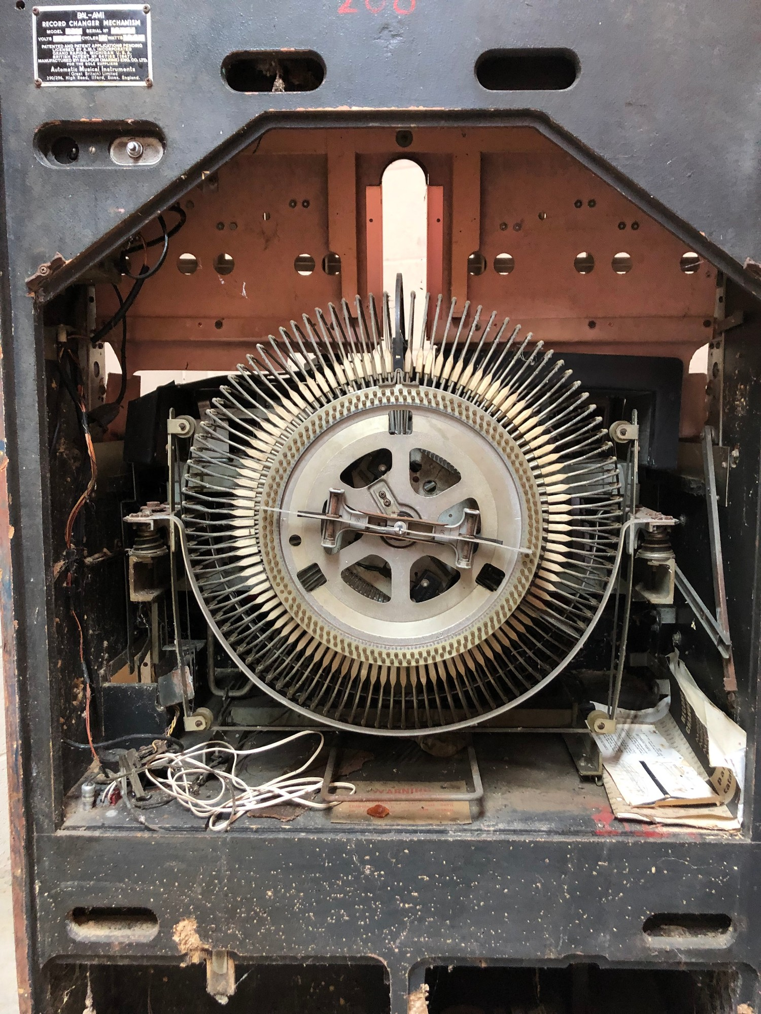"""Rare 1950s Bal-AMi 200 Jukebox in """"Barn Find"""" condition and in need of complete restoration, - Image 12 of 27"""