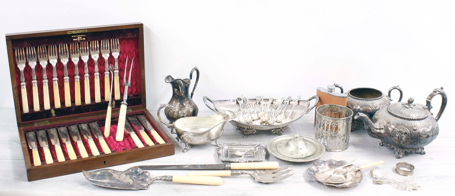 Walker and Hall cased fish flatware (incomplete); together with further plated items including three