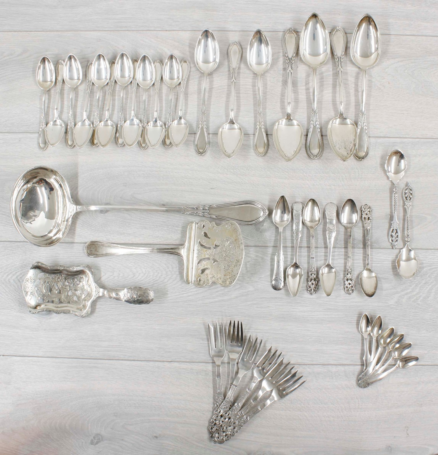 Selection of German 800 silver flatware; together with further Continental white metal flatware