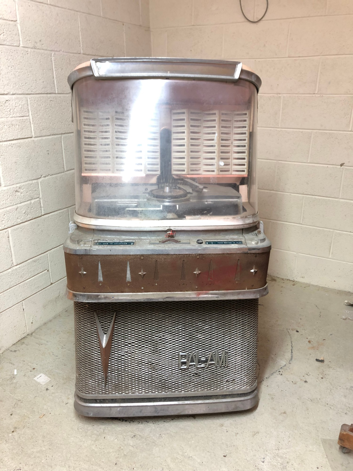 """Rare 1950s Bal-AMi 200 Jukebox in """"Barn Find"""" condition and in need of complete restoration,"""