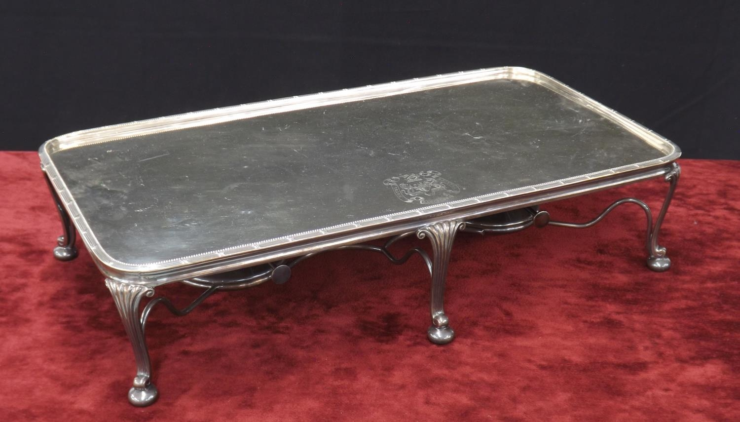 Large silver plated hot plate serving stand, with engraved crest for ?Hotel Bristol Barcelona?, with - Image 2 of 3