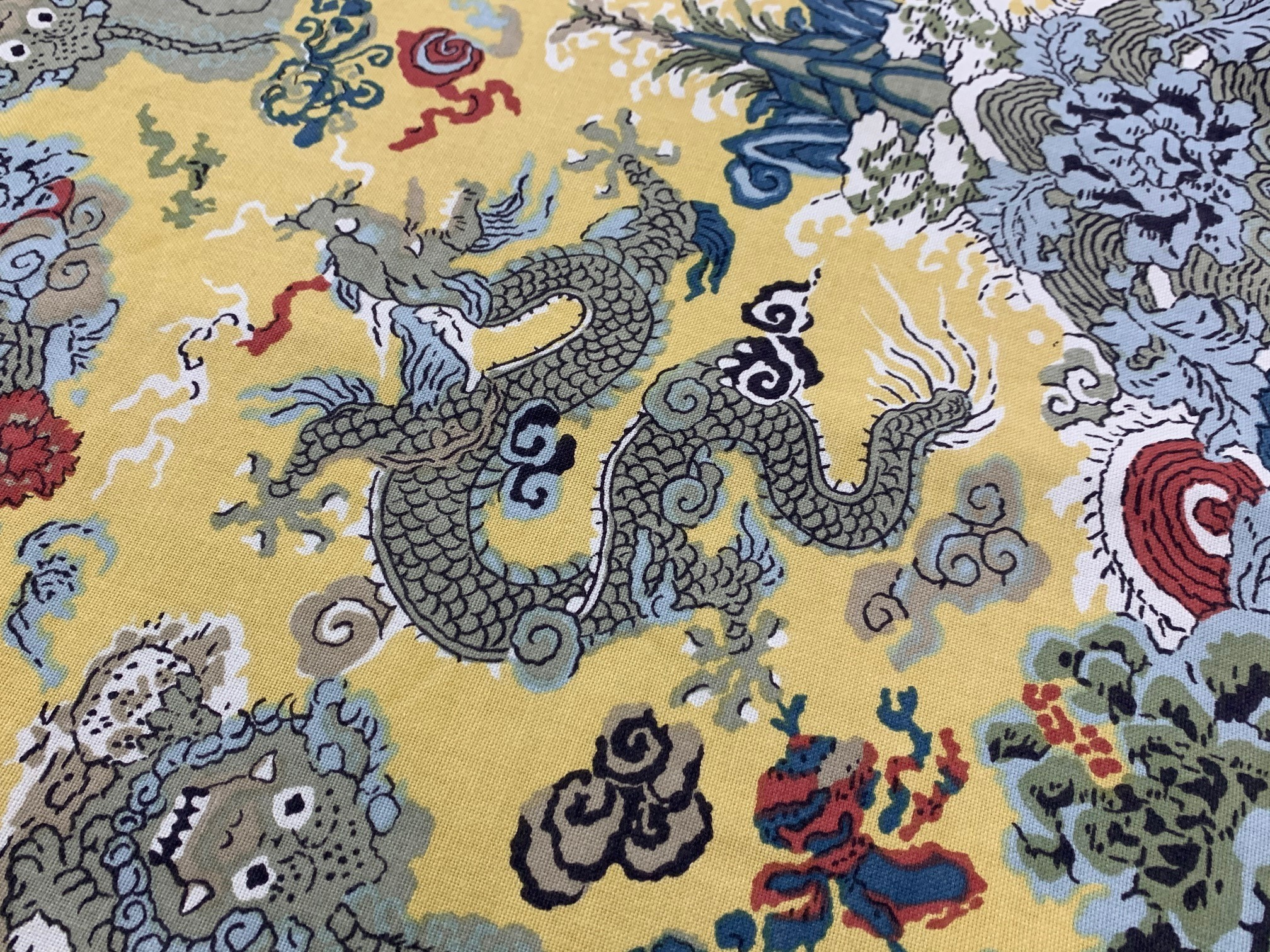 """Lined circular table cloth with yellow dragon designs, 84"""" diameter approx; with three other similar - Image 5 of 5"""