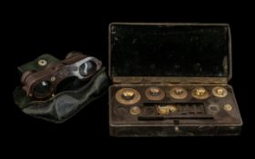 Bakelite Opera Glasses & Weights. Bakelite Kershaw Glasses, and a cased set of Bakelite scales.