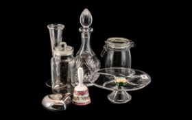 Collection of Glassware, comprising: a