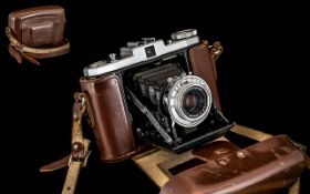 Zeiss Ikon - Nettar Folding Compact Bellows Camera with Anastigmat Lens - Pop up View Finder In