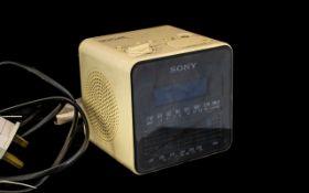 Sony - Digicube ICF-CIDW Design Icon Dig