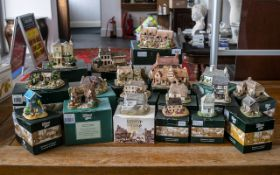 Collection of Lilliput Lane Cottages, all with original boxes,