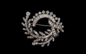 14ct White Gold Superb Quality and Attractive Baguette and Brilliant Cut Diamond Brooch. c.1960's.